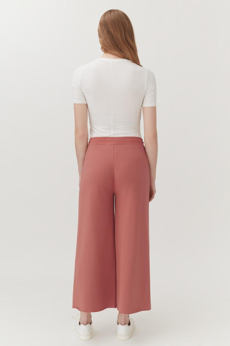 Women's French Terry Wide-Leg Cropped Pant in Passion Fruit   Size: 2
