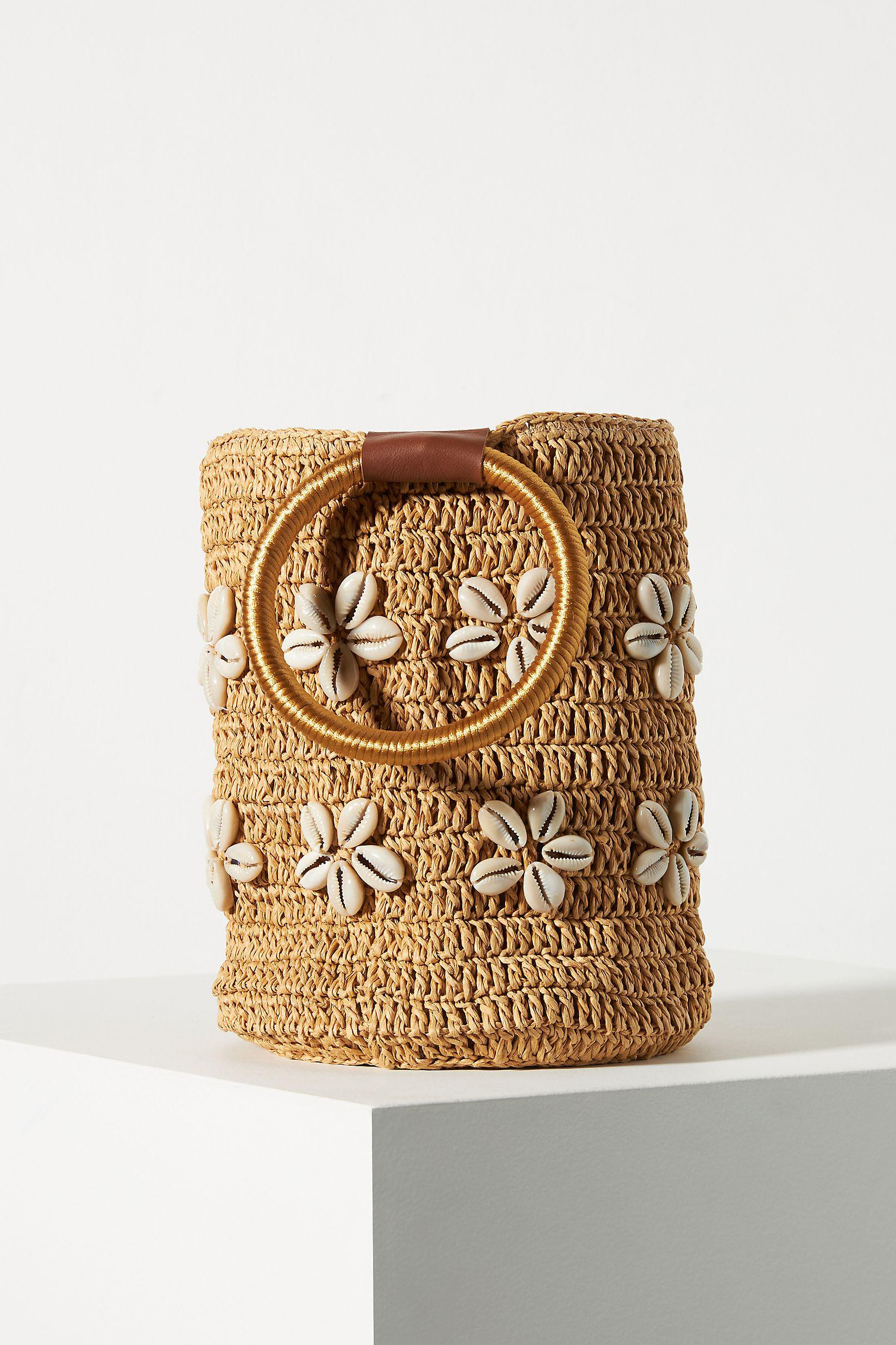 Shell-Embellished Ring Handle Clutch 1