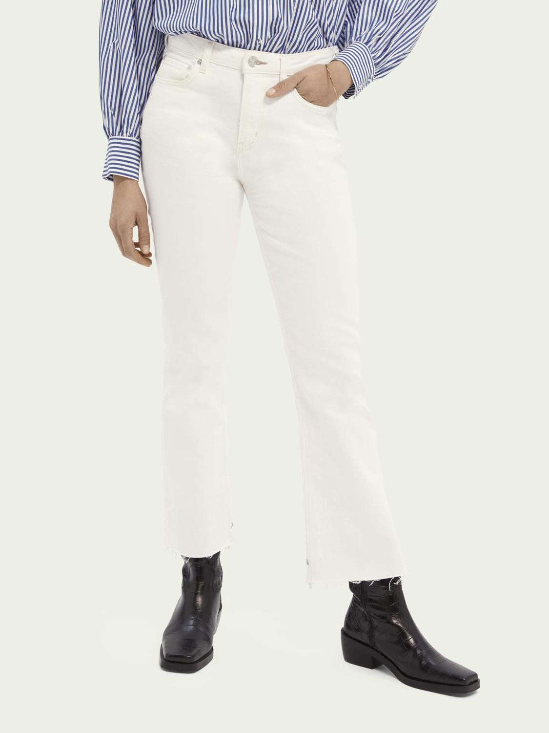 The Kick flared jeans — Summer White