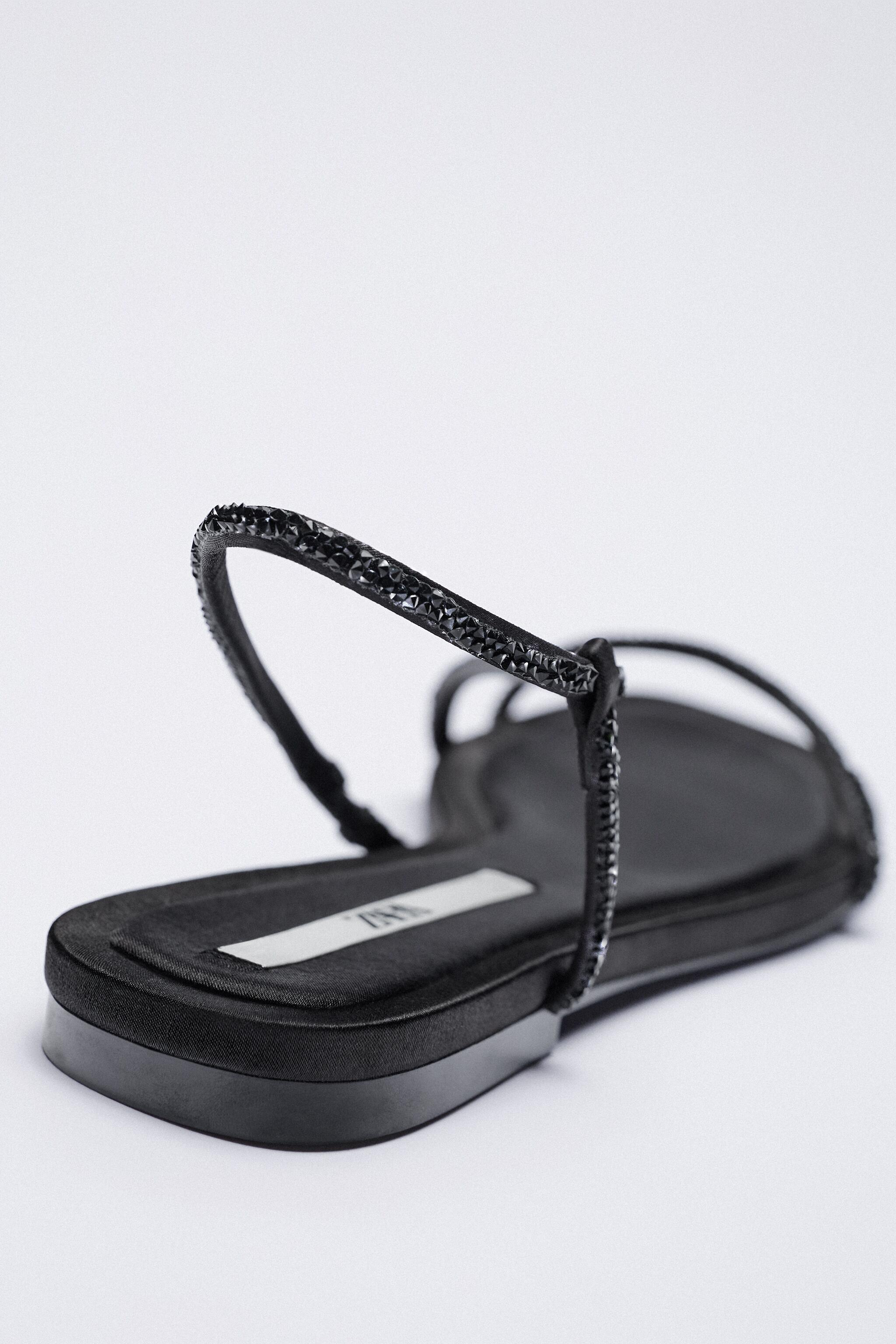SPARKLY LOW HEELED SANDALS 4