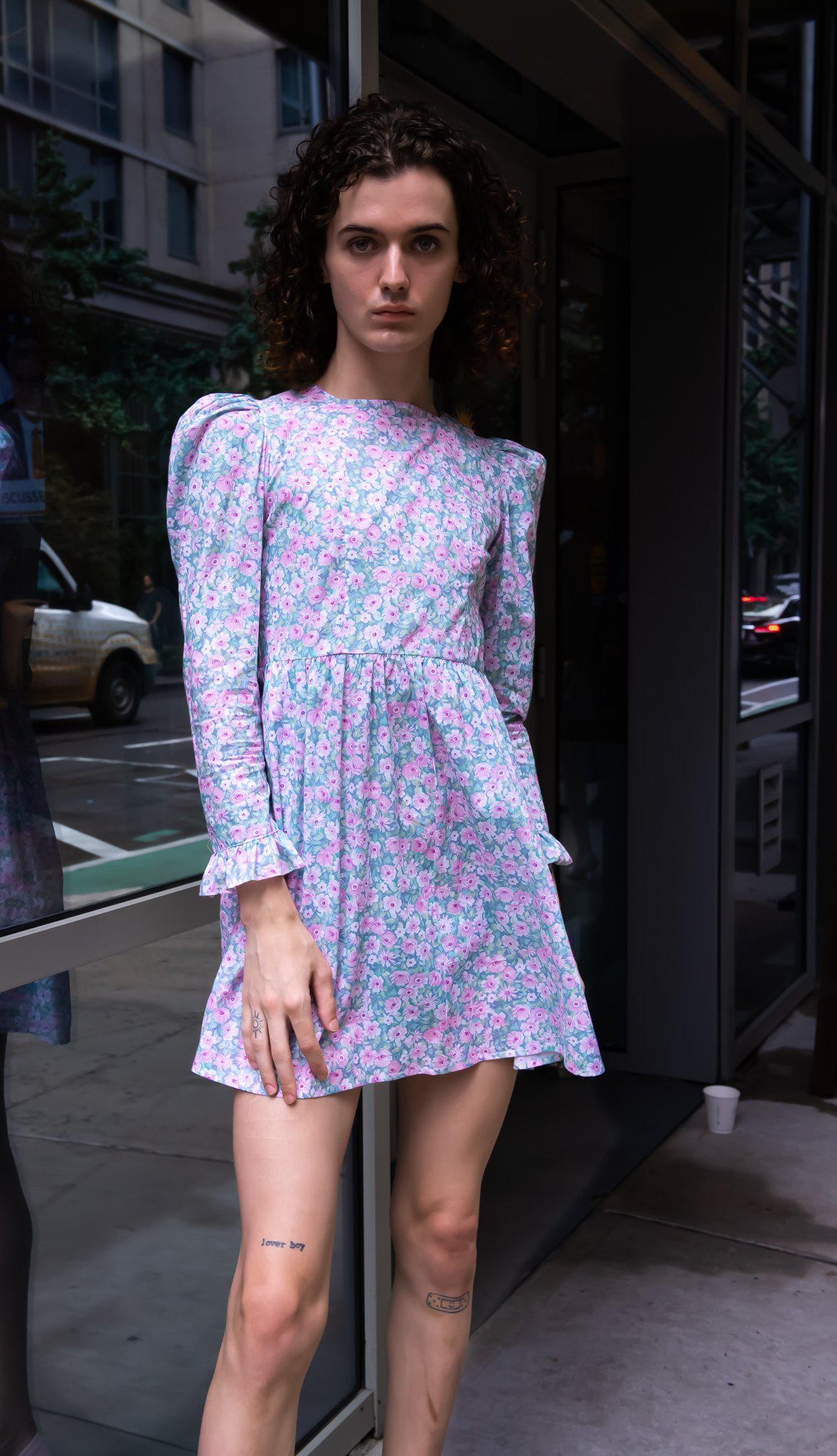 Minidress in Blue and Pink Floral