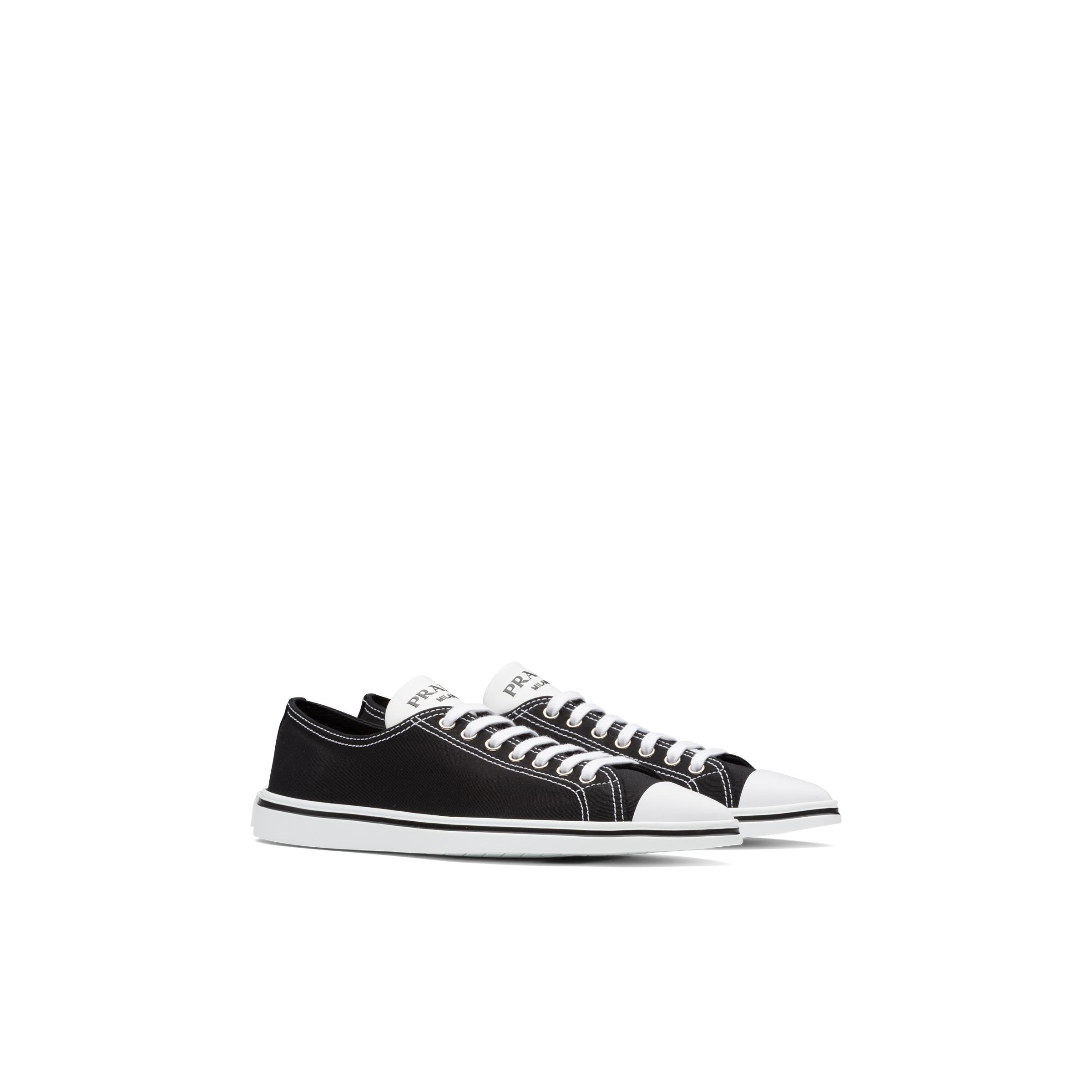 Synthesis Sneakers Women Black