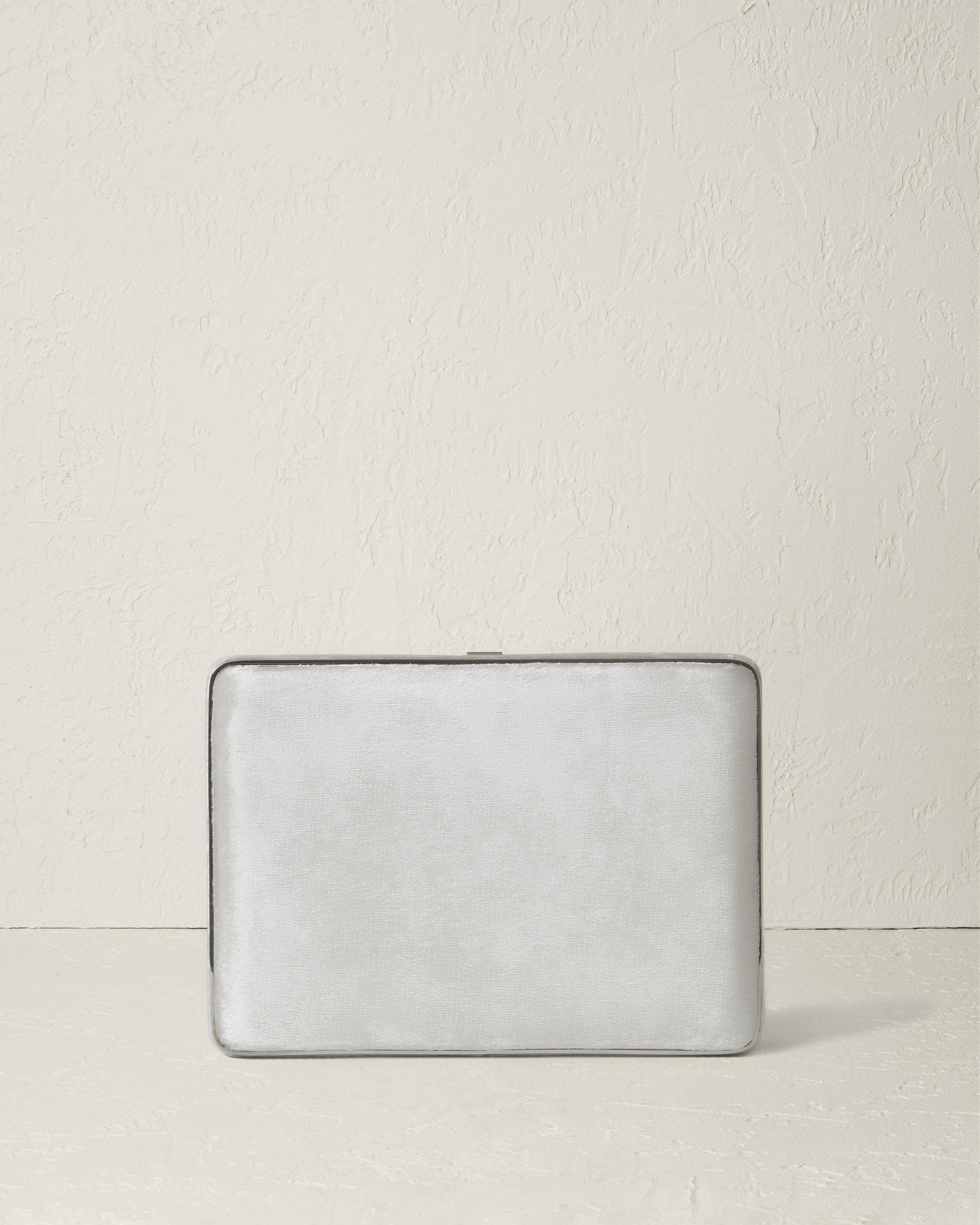The Square Compact Case in Velvet