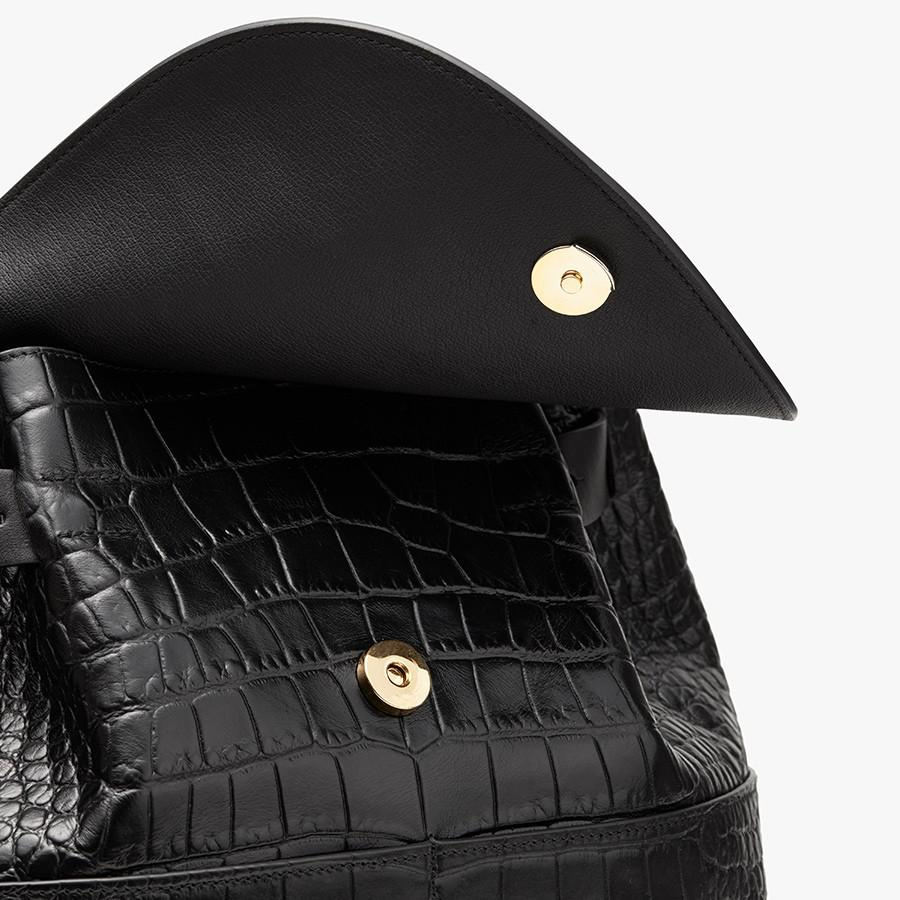 Women's Leather Backpack in Textured Black | Croc-Embossed by Cuyana 1