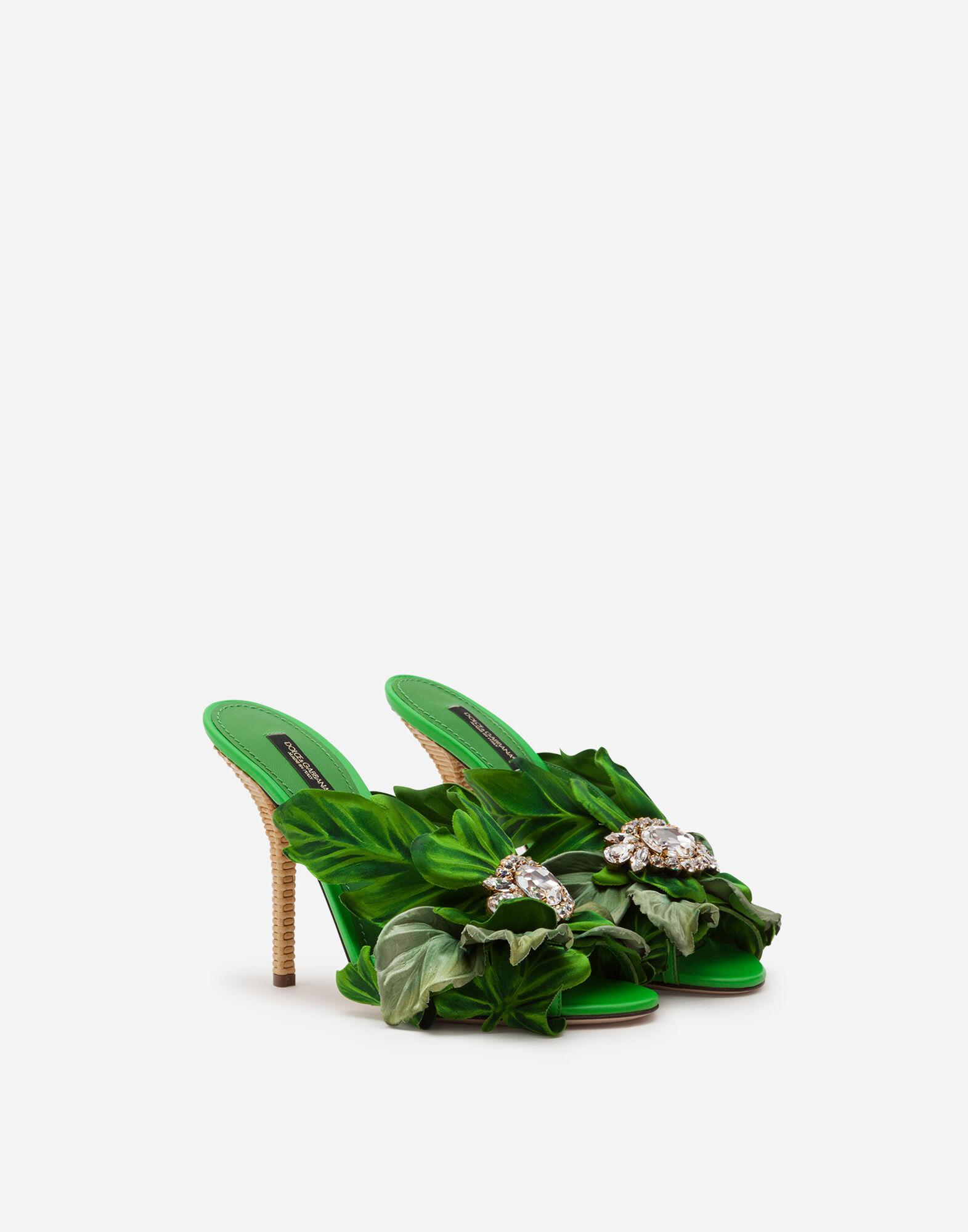 Satin mules with leaf appliqué and jewel embroidery 1