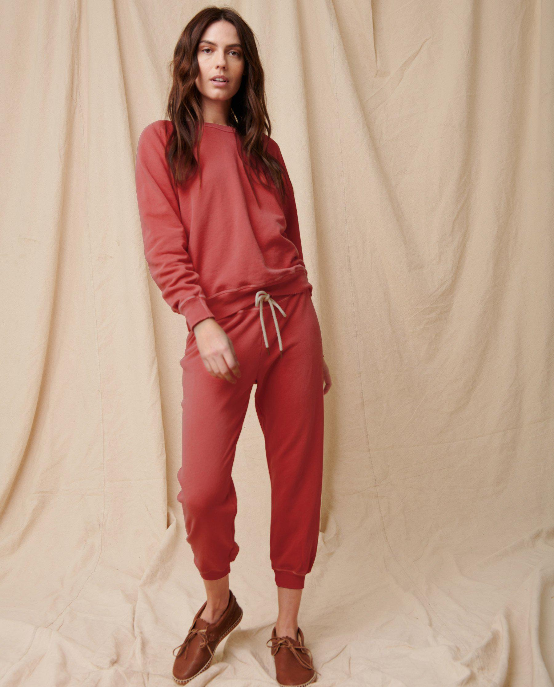 The Cropped Sweatpant. Solid -- Strawberry