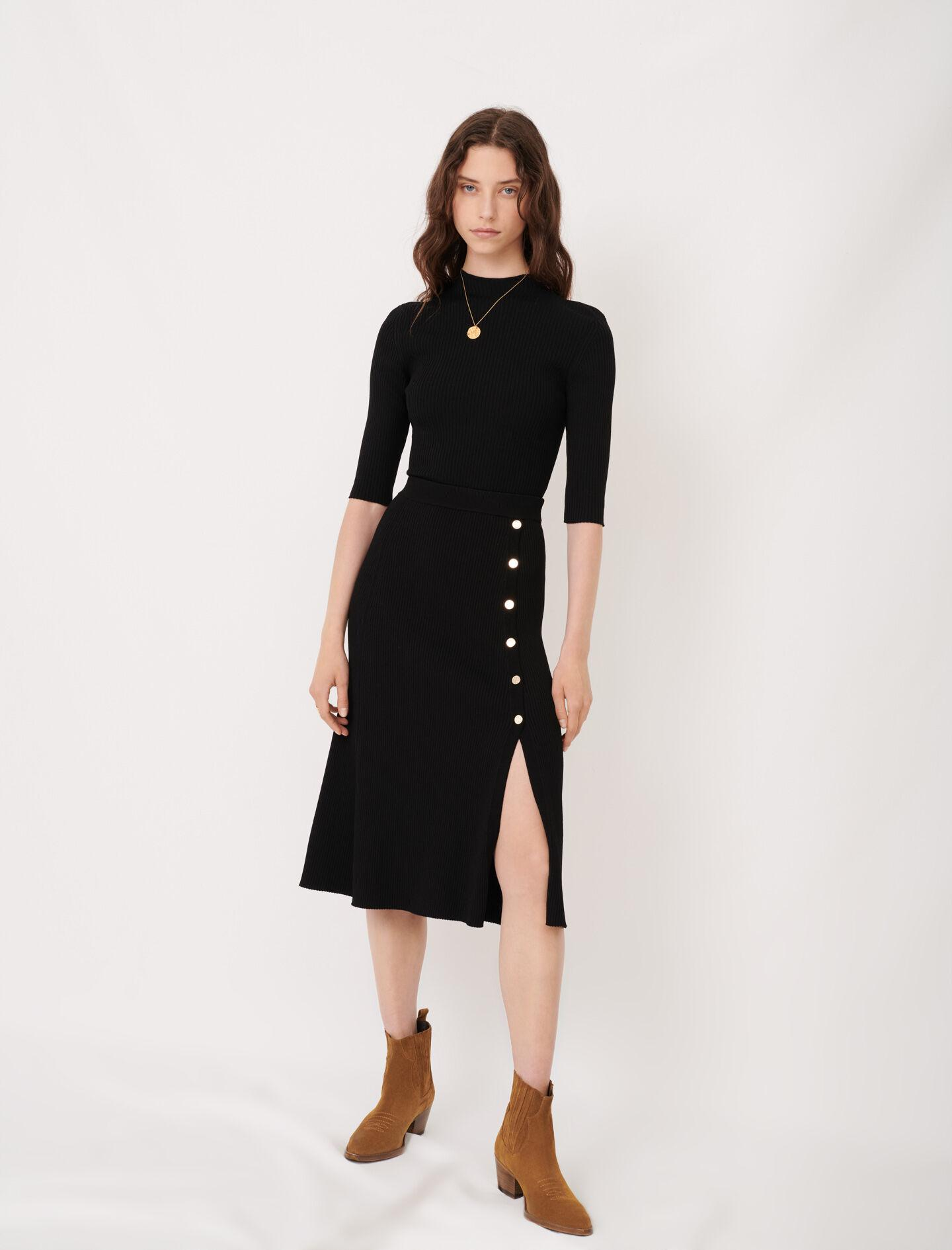 KNITTED MIDI SKIRT WITH SLIT AND BUTTONS