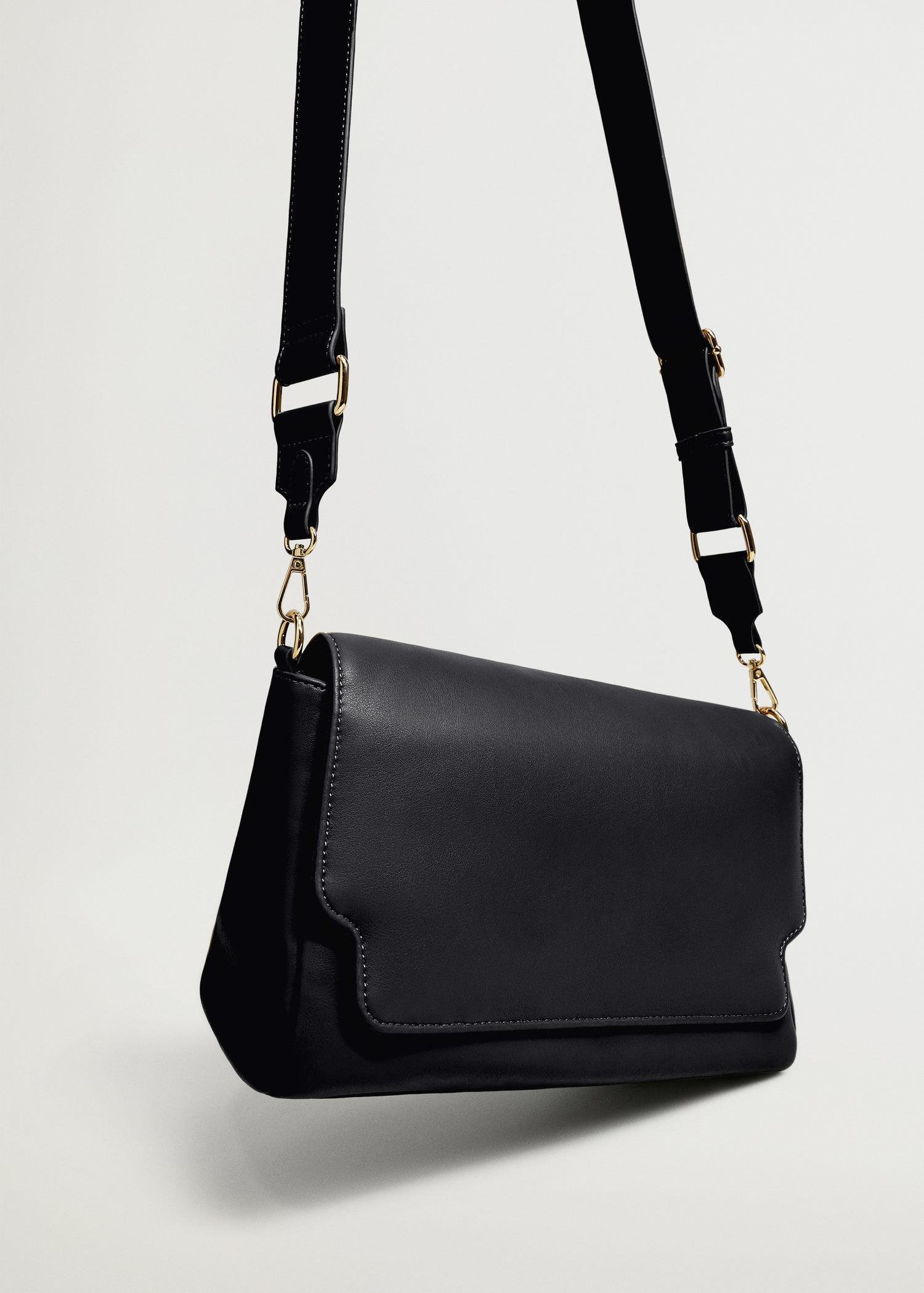 Crossbody bag with twisted strap 1