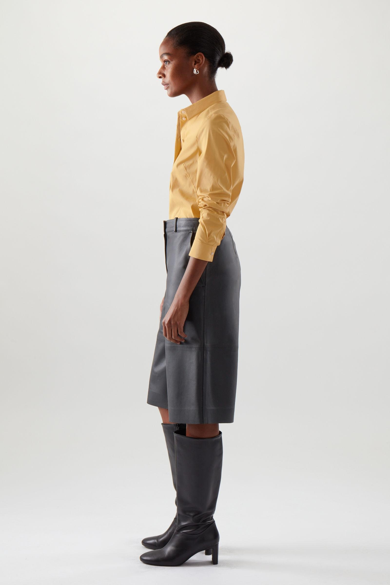 SLIM FITTED SHIRT 2