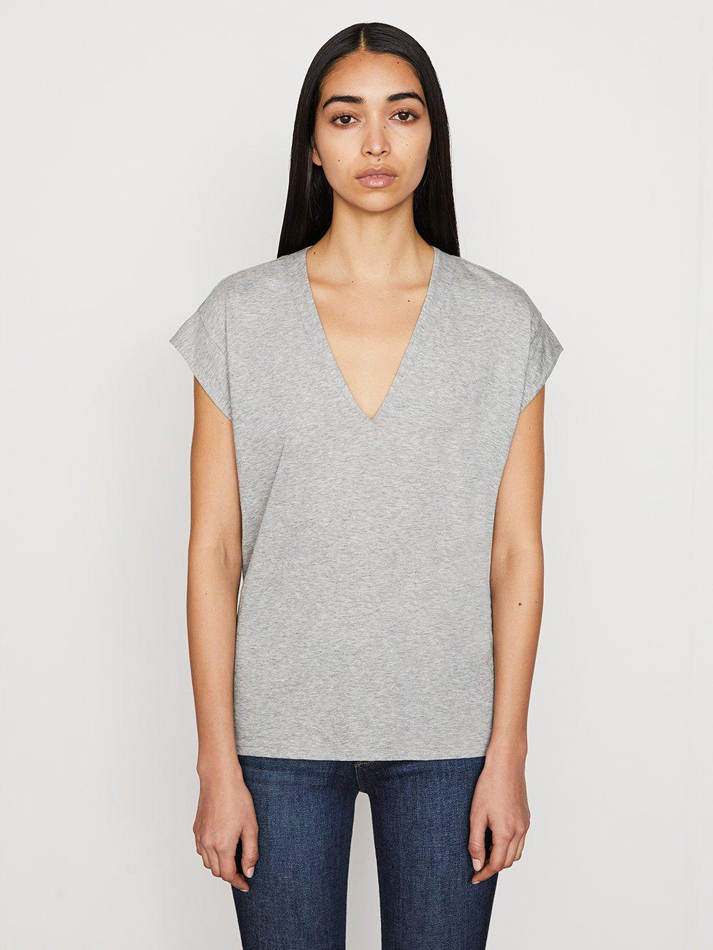 Le Mid Rise V Neck Tee -- Gris Heather
