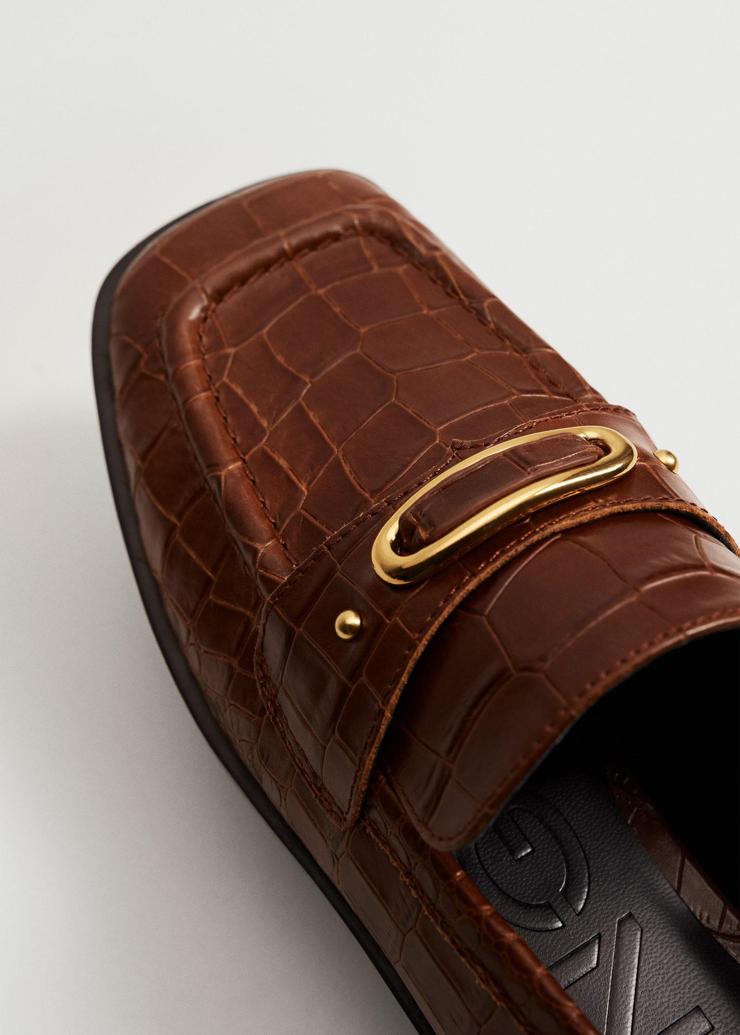 Buckle leather moccasins 3