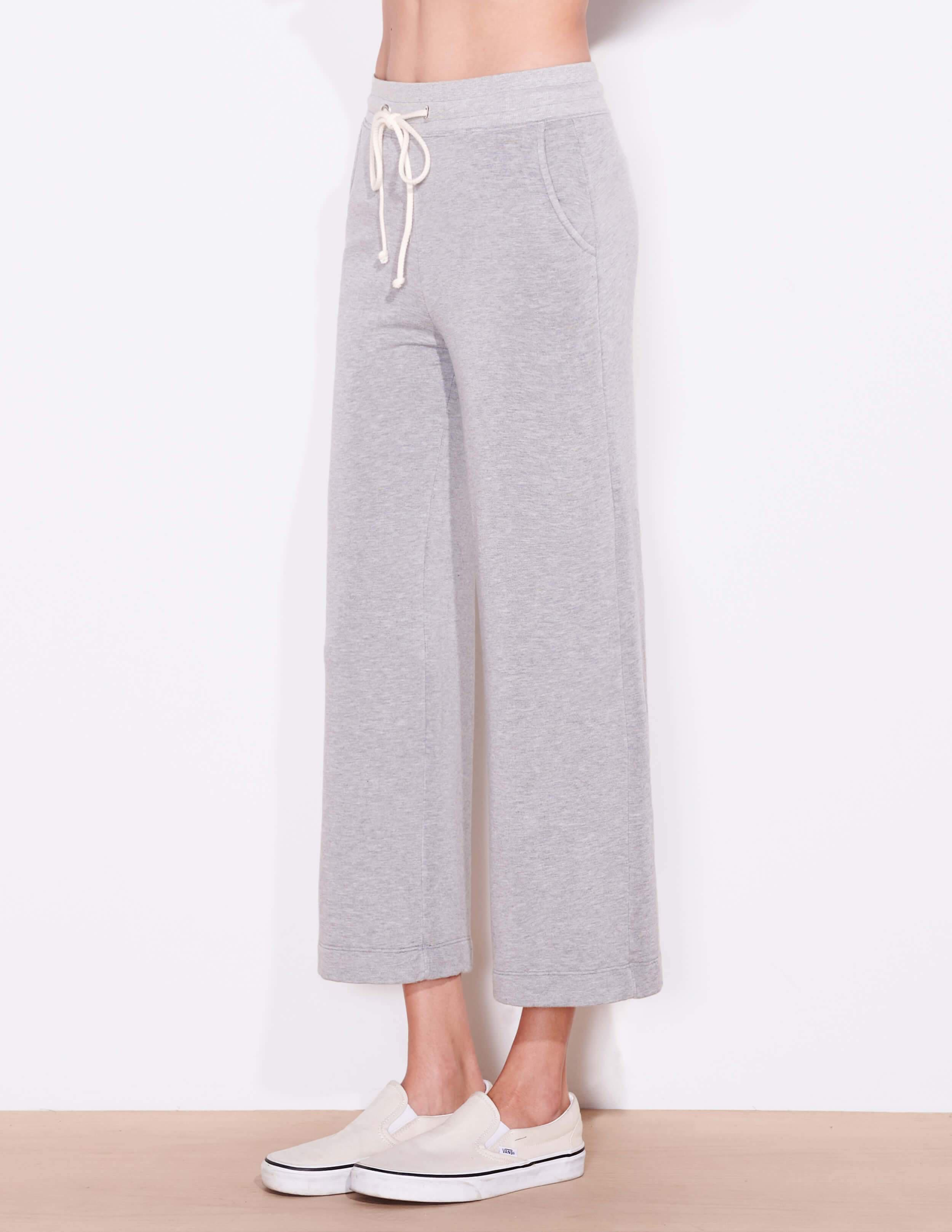 Cropped Flare Sweatpants 1