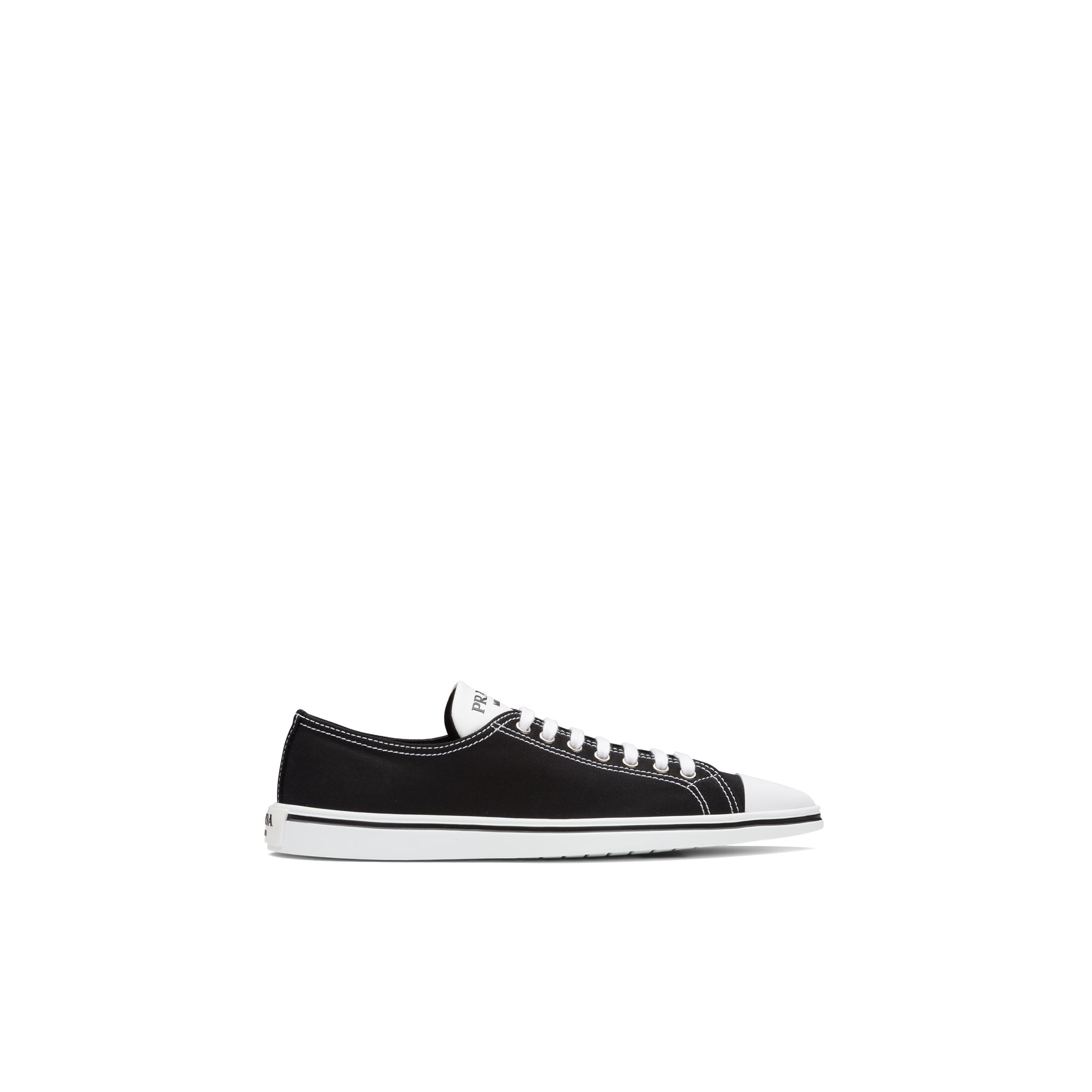 Synthesis Sneakers Women Black 2