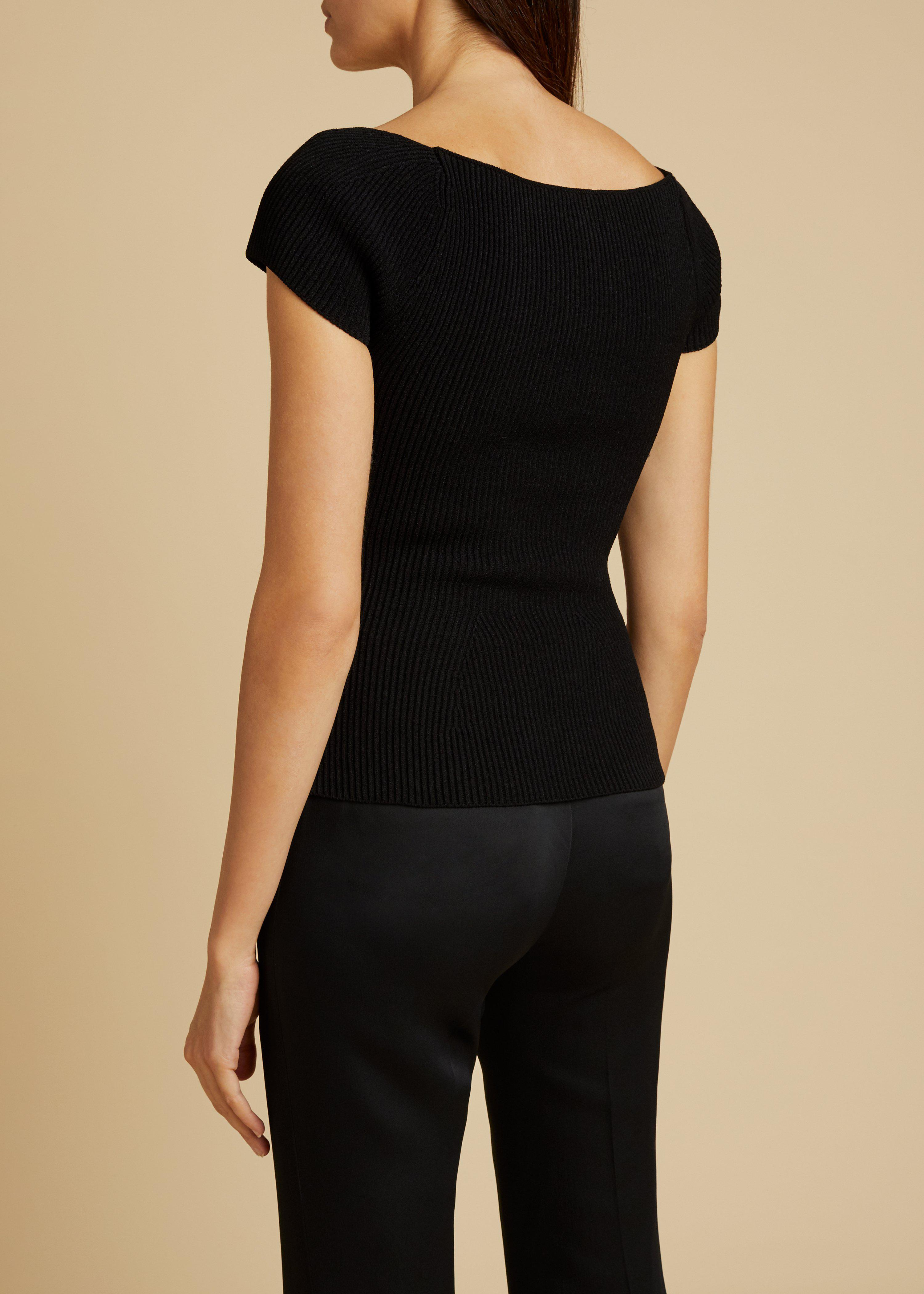 The Ista Top in Black 2