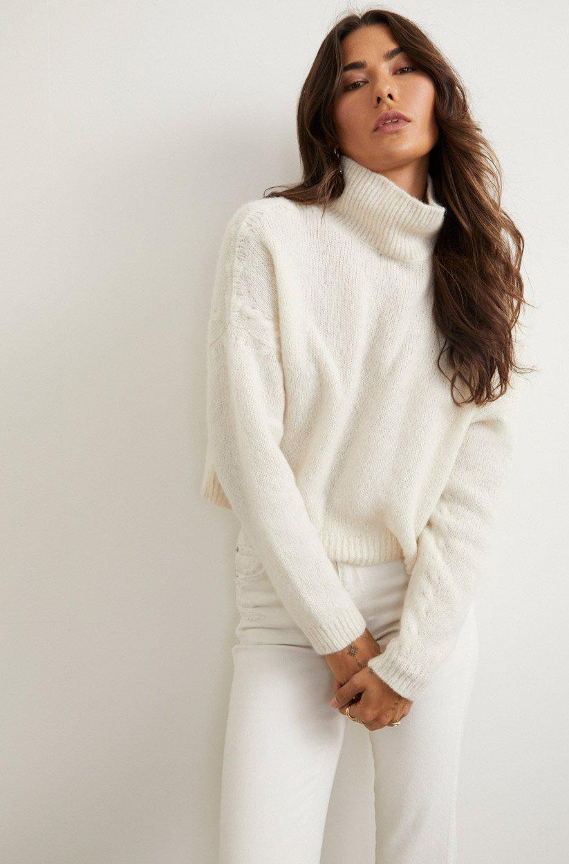 AMBITION SWEATER VINTAGE WHITE