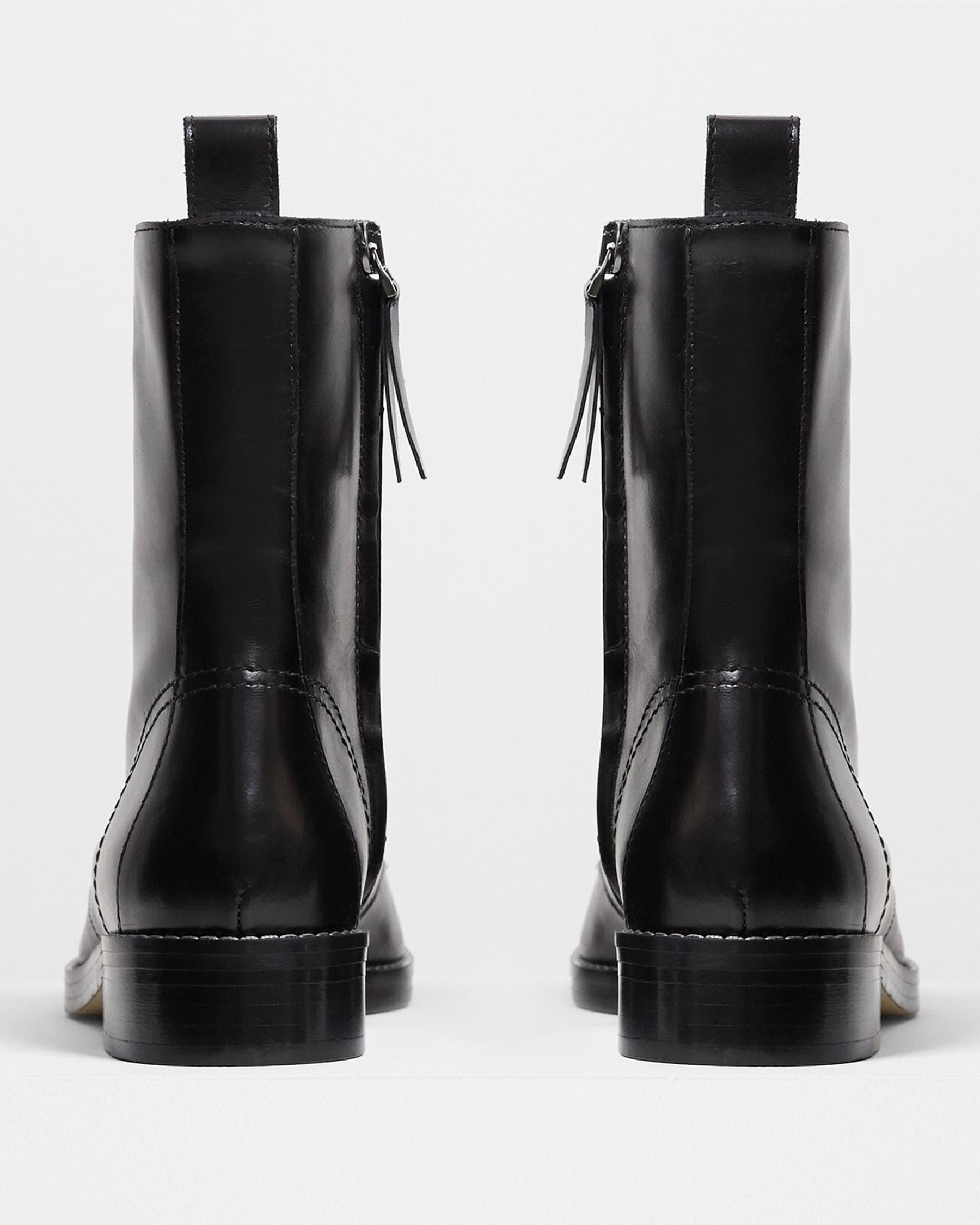 Laced Boot in Satin Leather 3