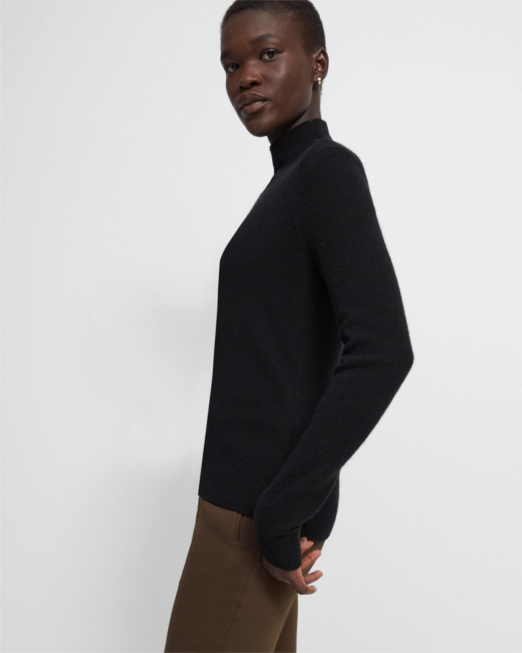 Basic Turtleneck Sweater in Feather Cashmere 3