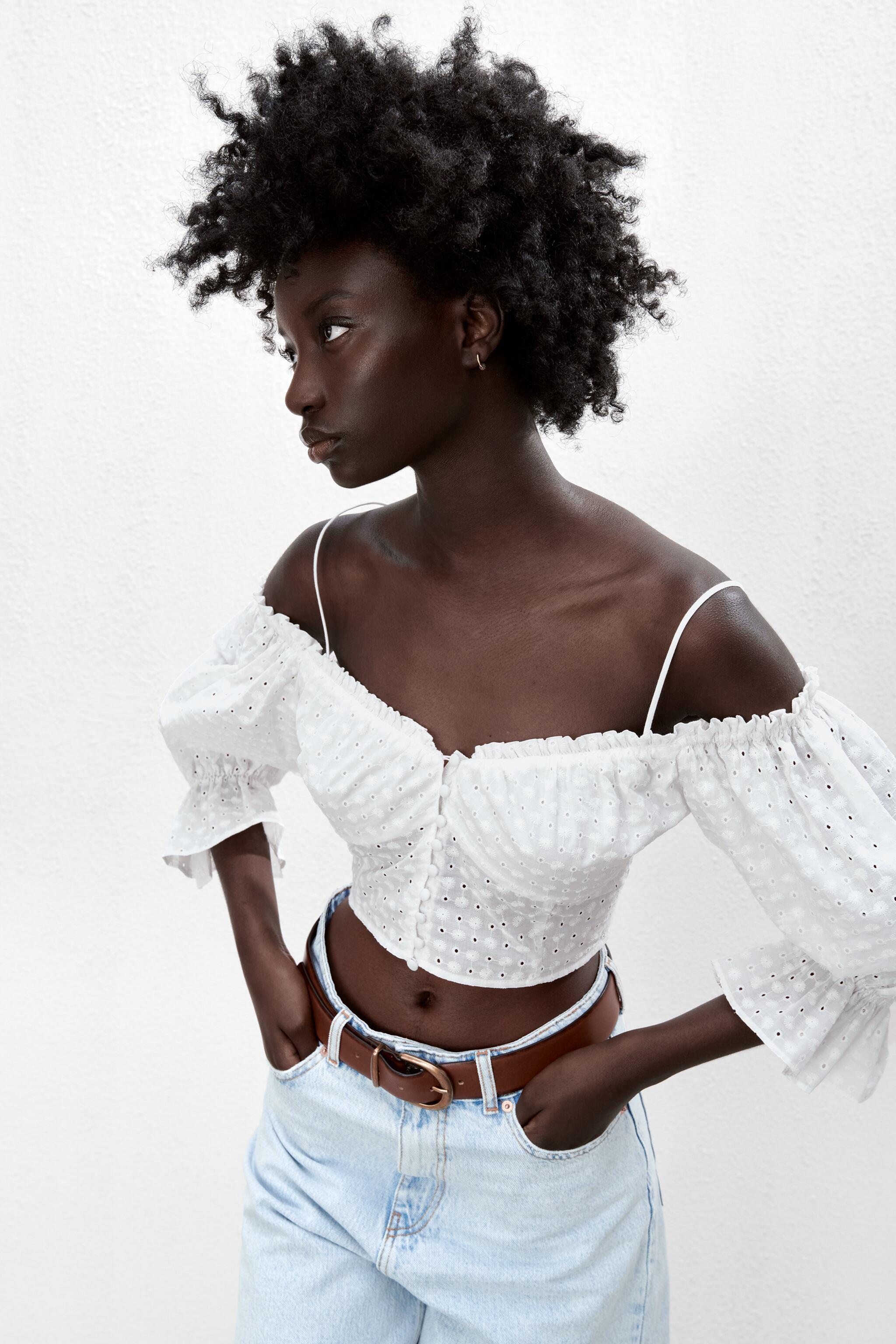 EMBROIDERED EYELET CROP TOP 1