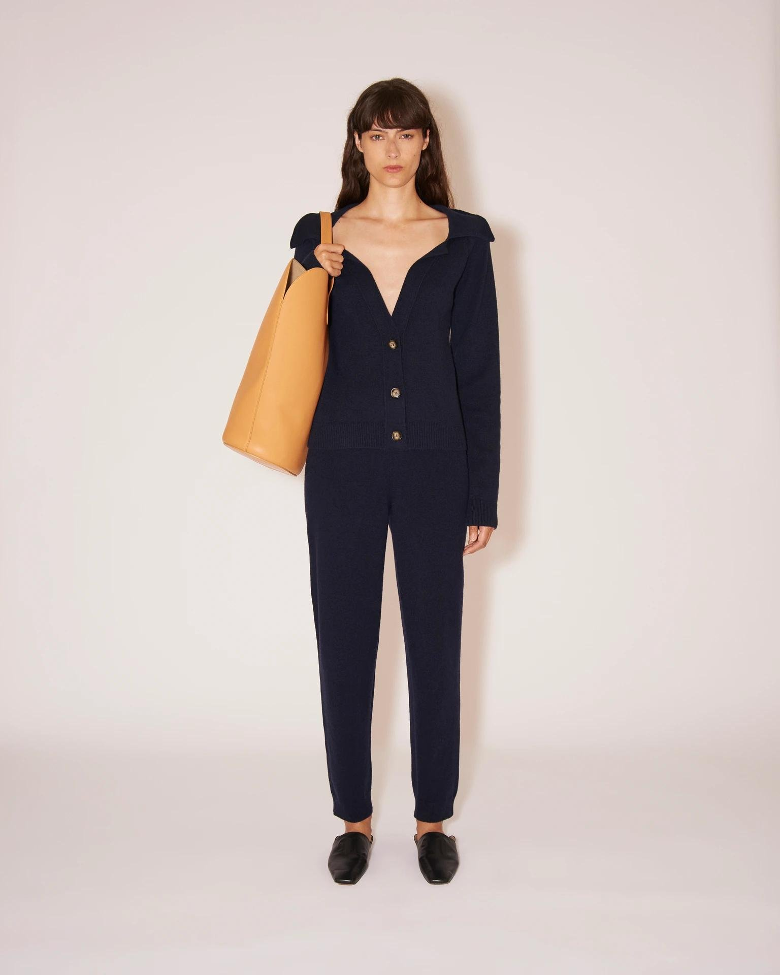 YLIA - Knitted track pants - Navy