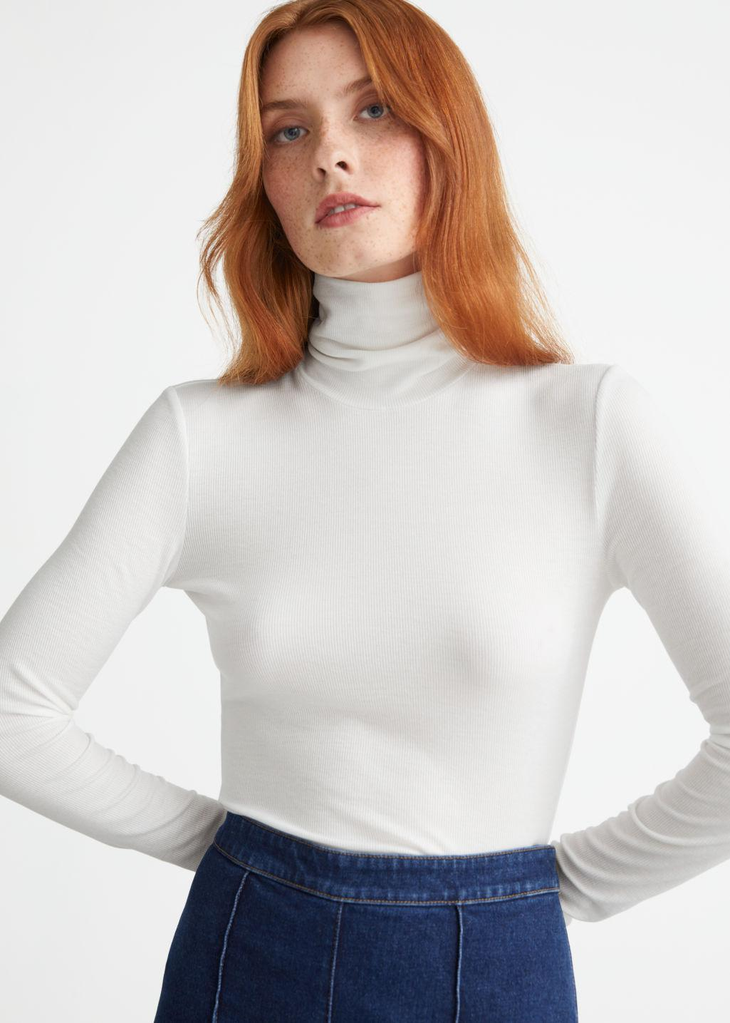 Fitted Lyocell Ribbed Turtleneck