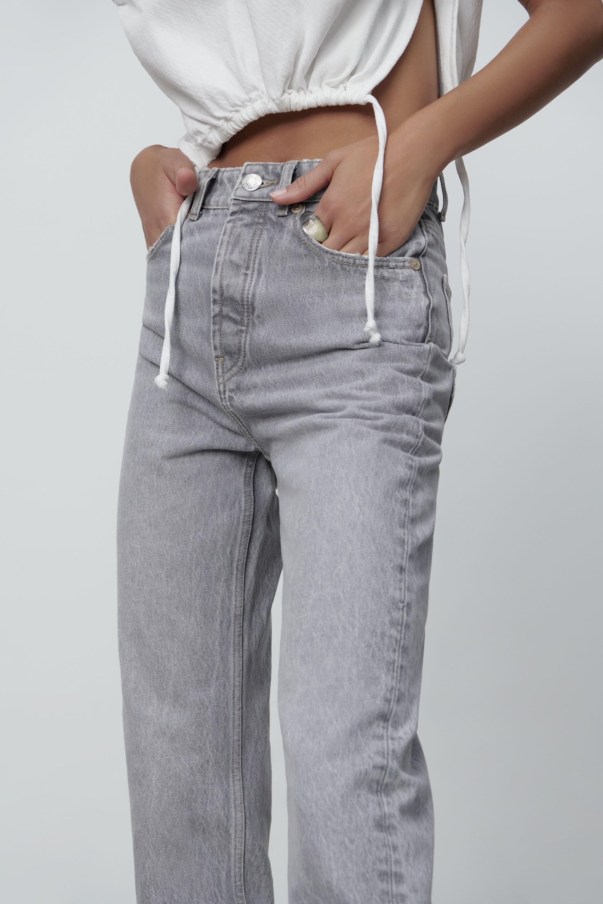 MOM FIT JEANS 1