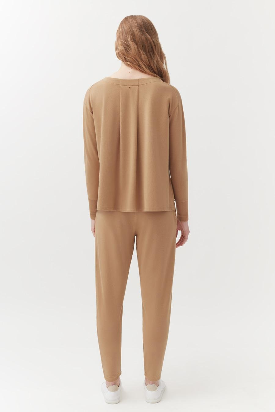 Women's French Terry Pleated Front Pant in Camel   Size: 2