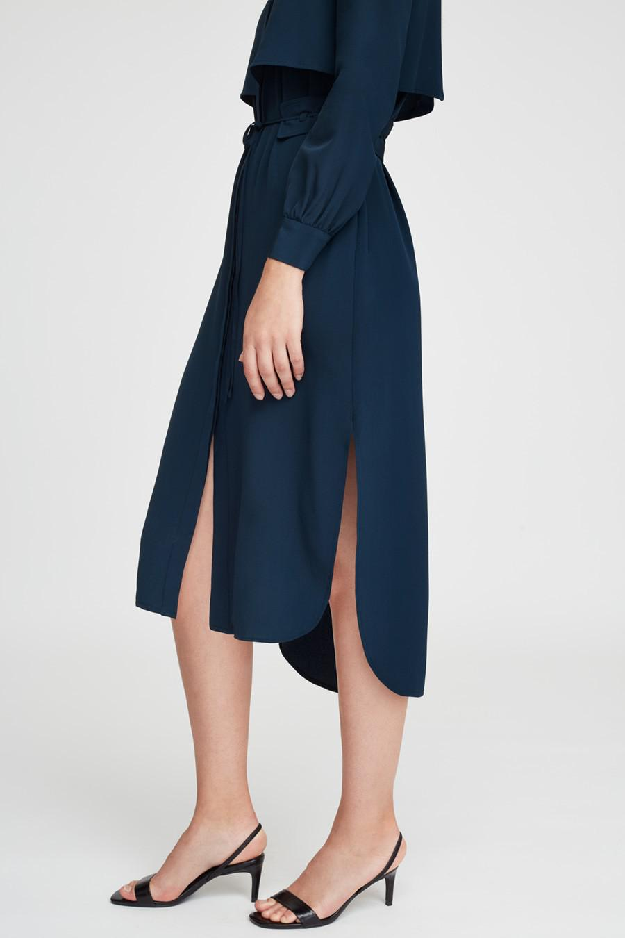 Women's Silk High-Low Shirt Dress in Navy   Size: Large   3 Ply Crepe Silk by Cuyana 4