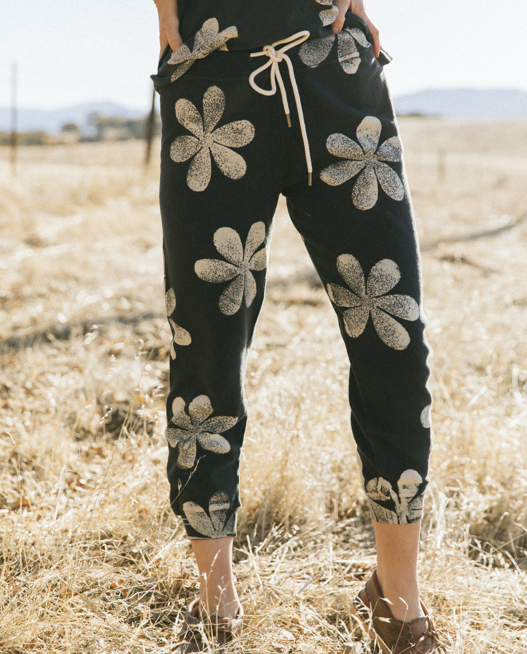 The Cropped Sweatpant. Novelty -- Almost Black with Daisy Stamp 1