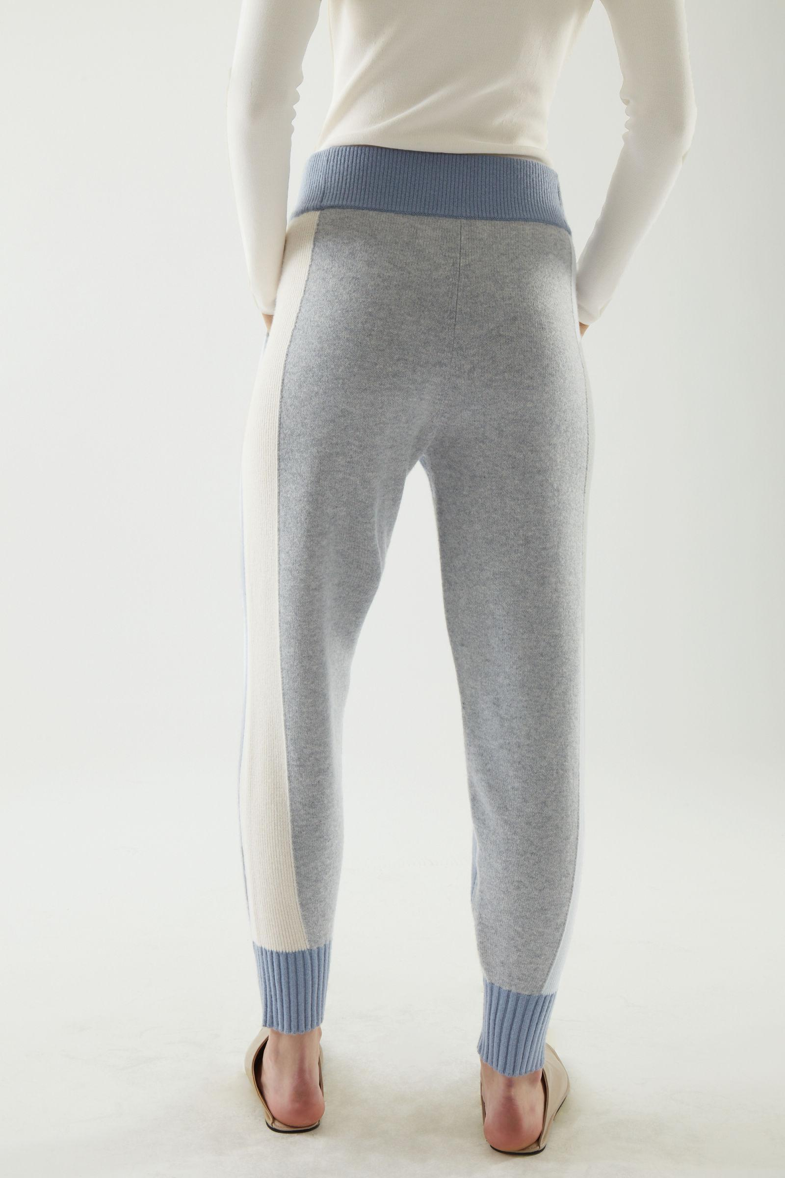 CASHMERE KNITTED JOGGERS 3