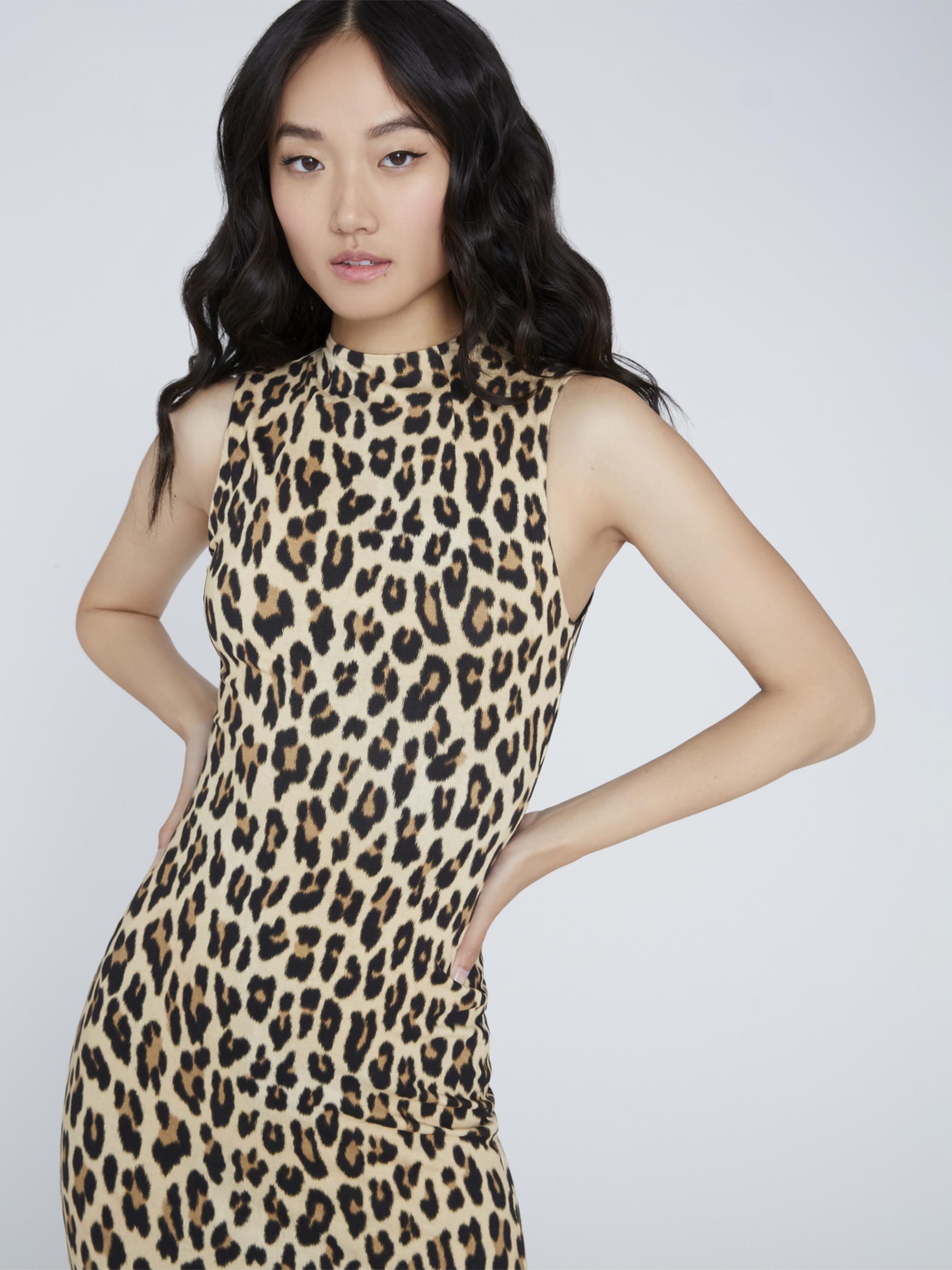 DELORA FITTED MOCK NECK DRESS 3