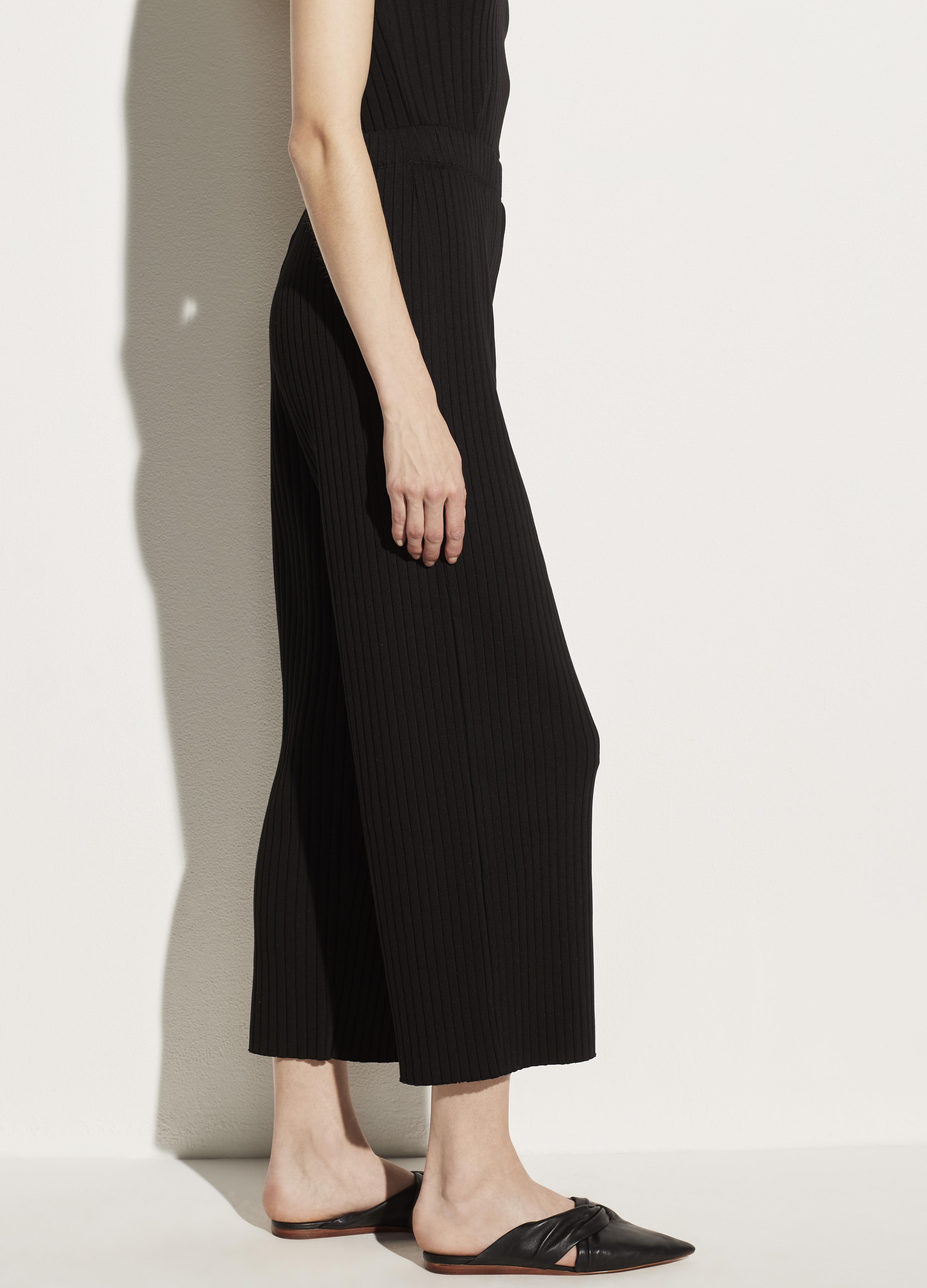 Ribbed Cropped Pant 1