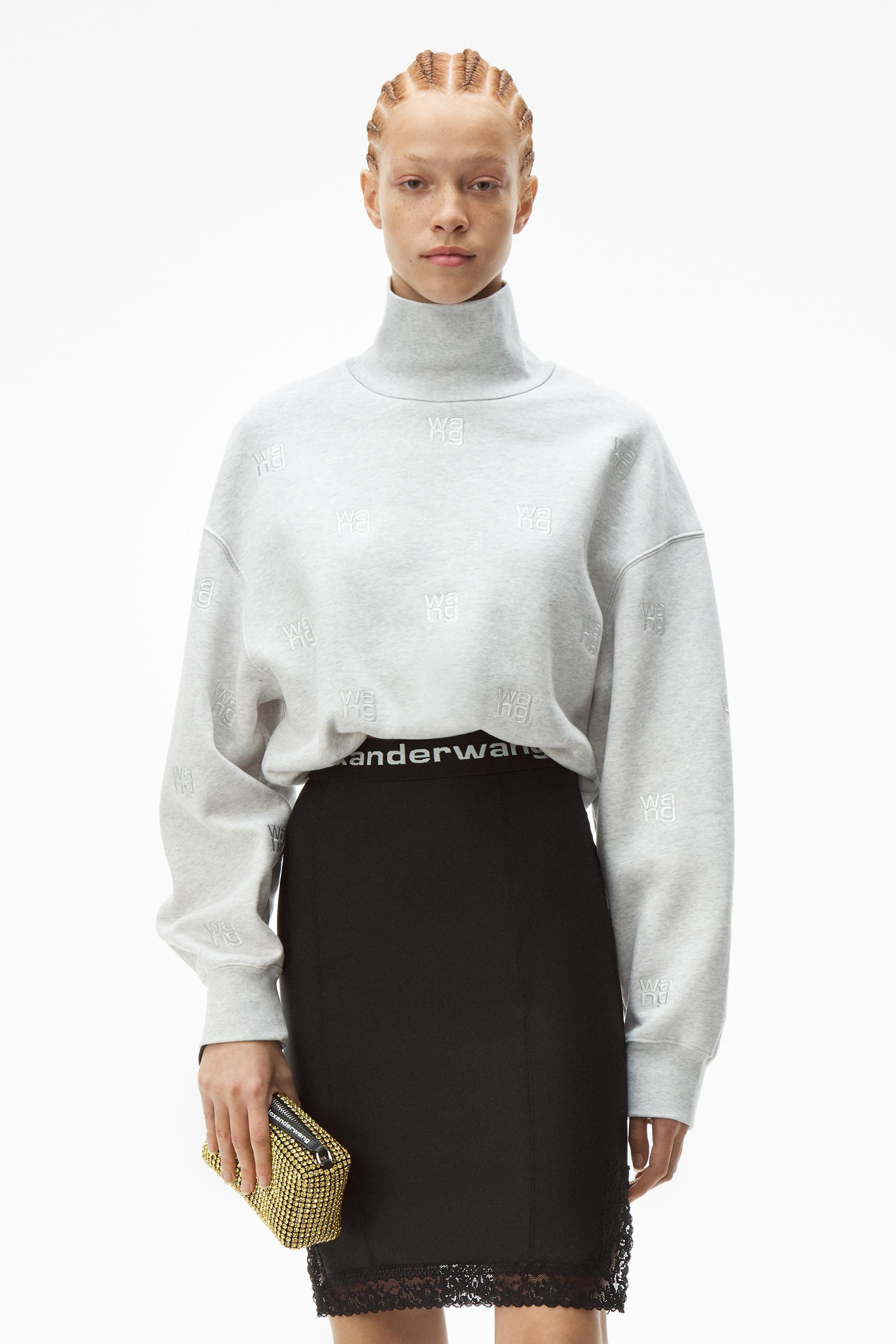 logo embroidered pullover