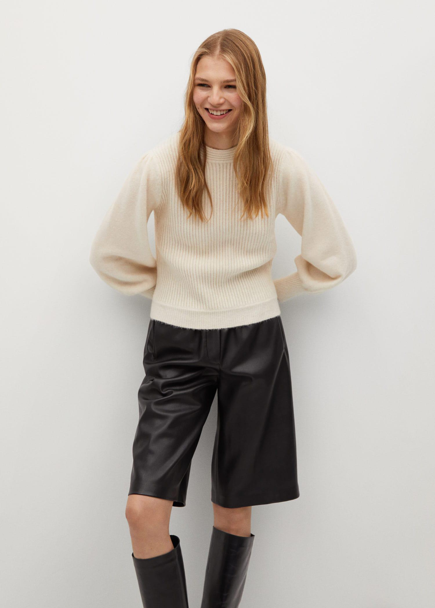 Sweater with puffed sleeves 0