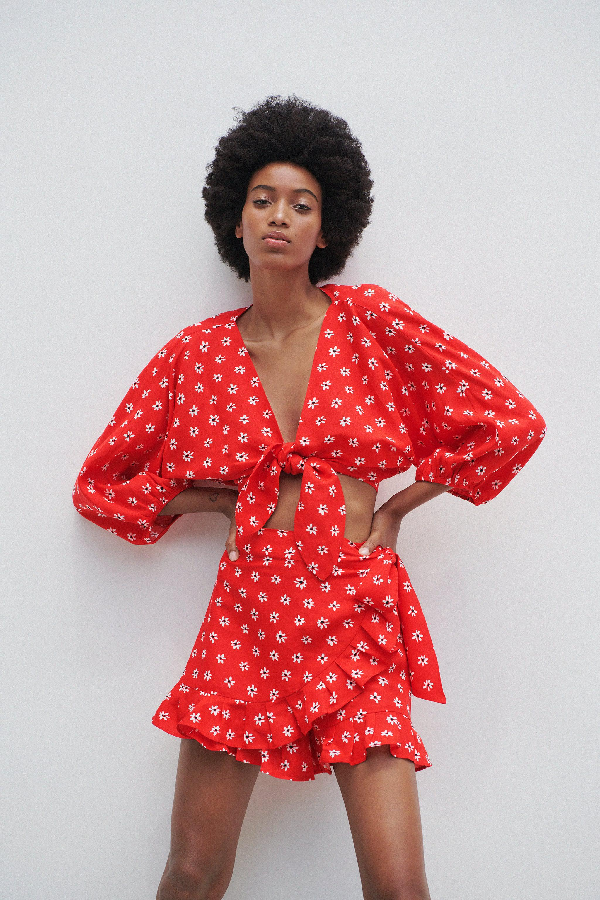 PRINT TOP WITH KNOT