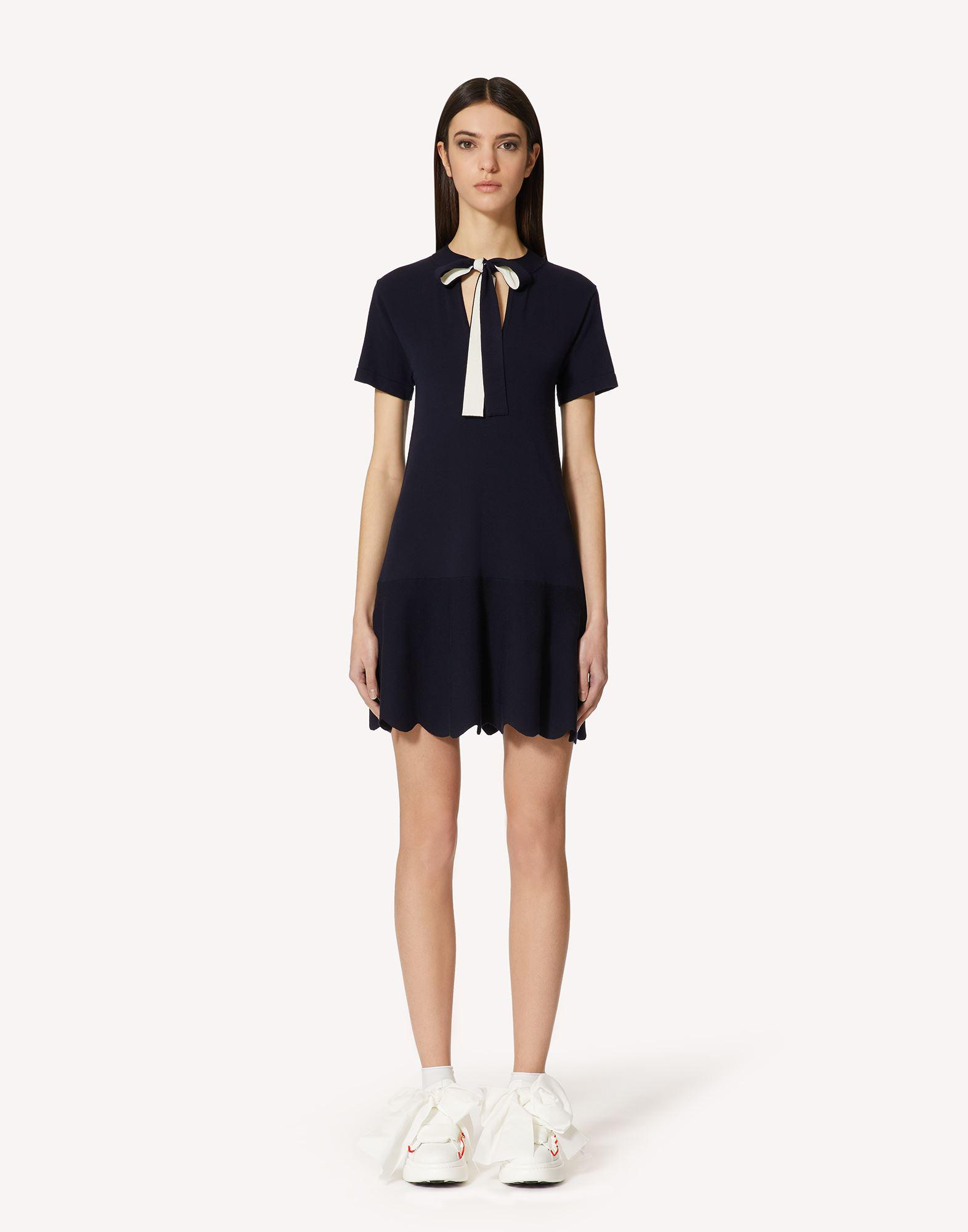 STRETCH VISCOSE DRESS WITH SCALLOP DETAIL