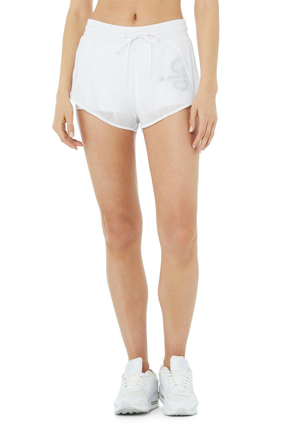 Ambience Short - Graphic - White/White