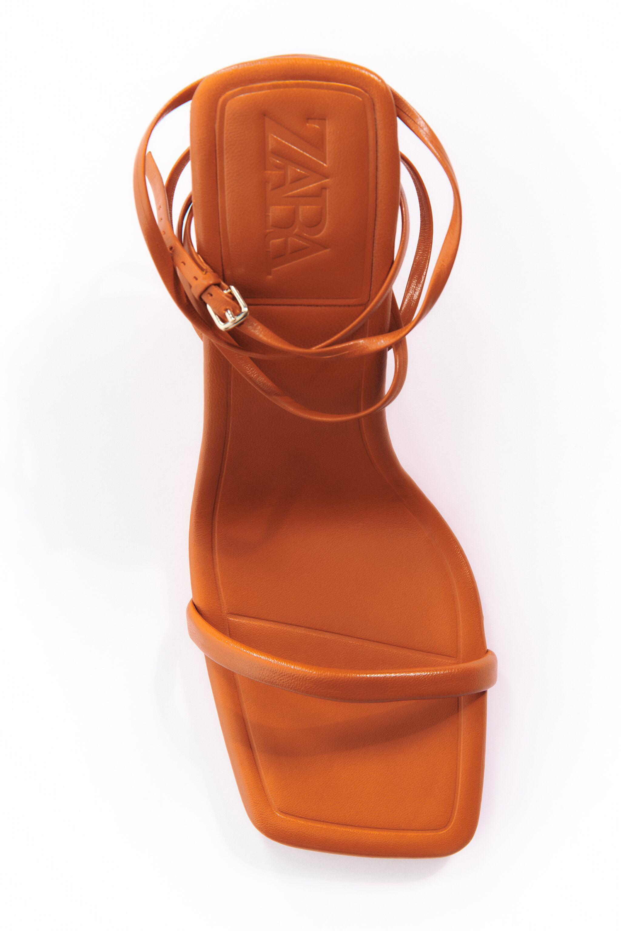 HEELED STRAPPY LEATHER SANDALS 3