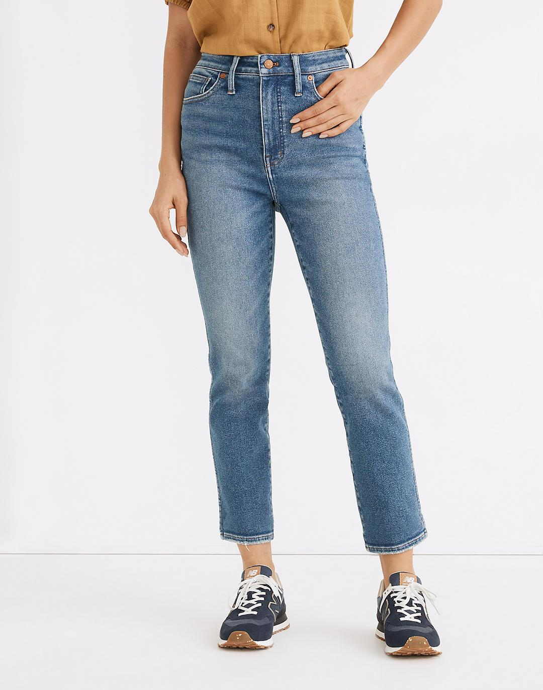 Tall Curvy Stovepipe Jeans in Ditmas Wash