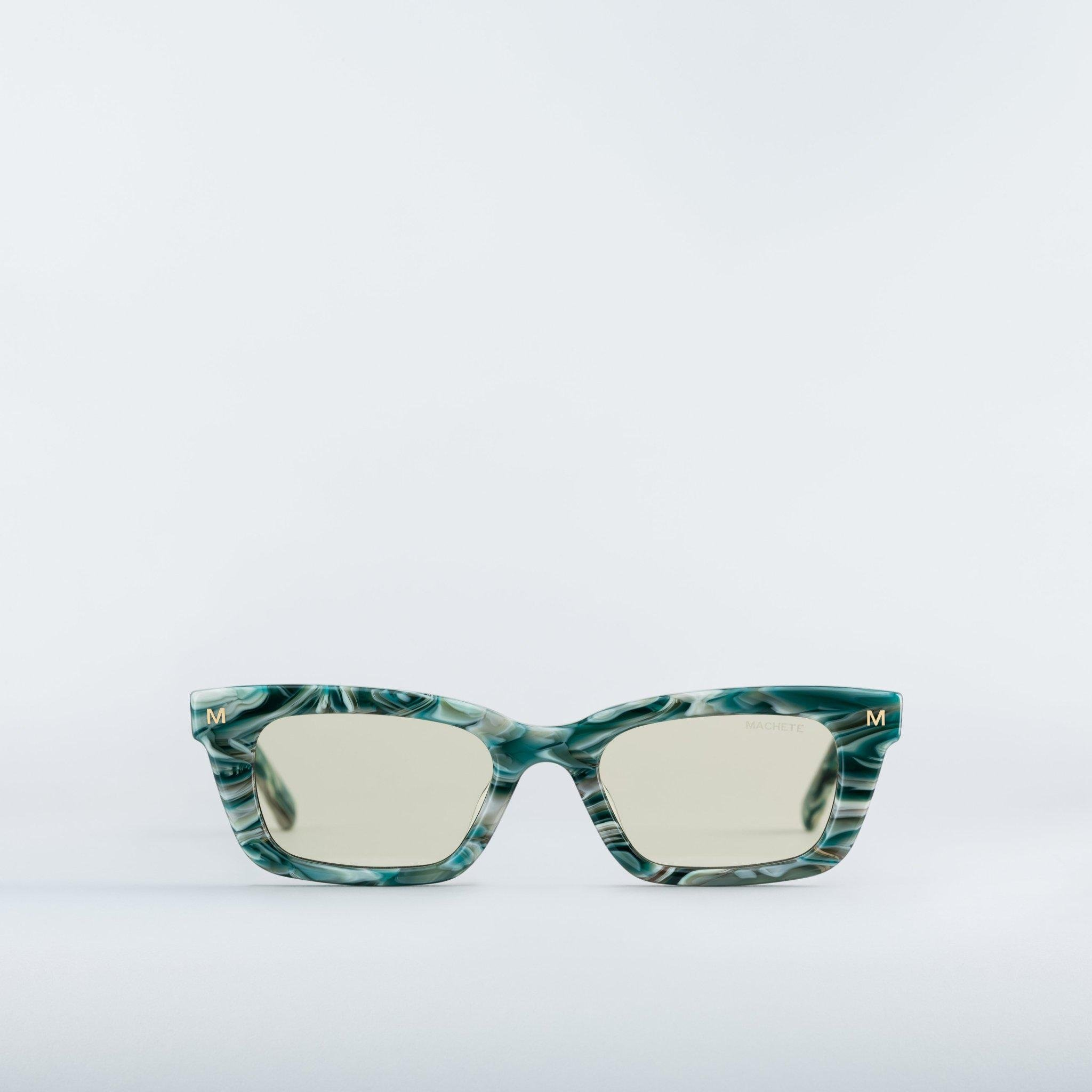 Ruby - Sunglasses in Stromanthe