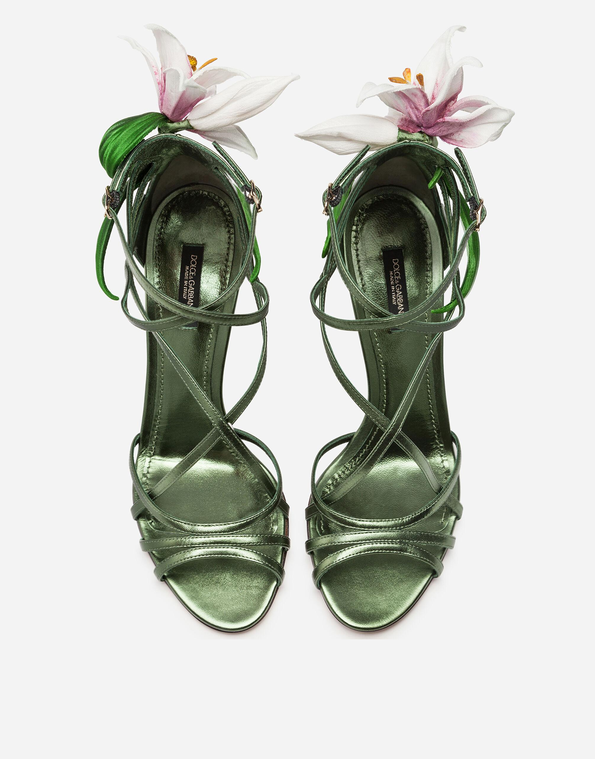 Mordore nappa sandals with lily embroidery 3