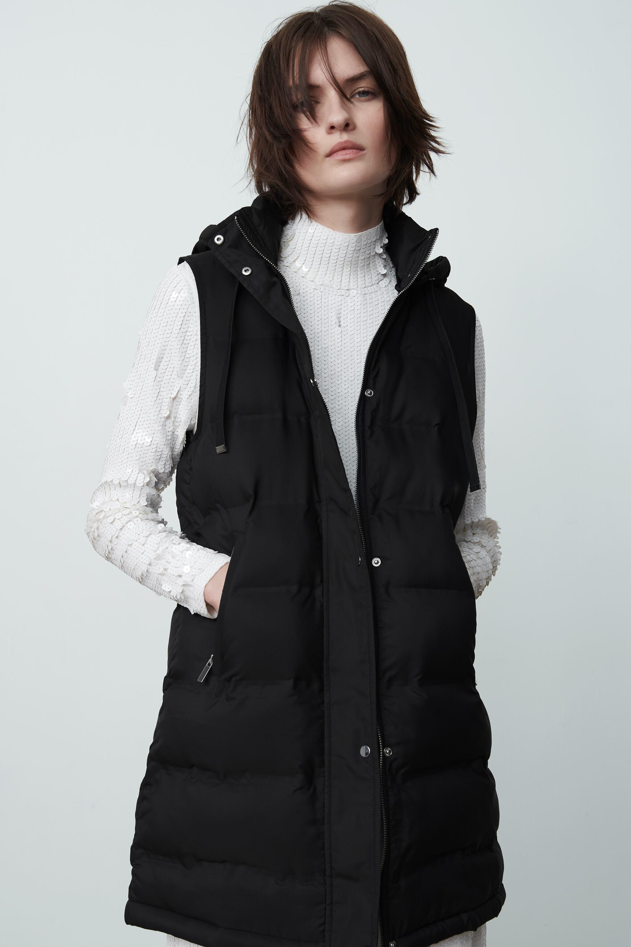 WATER AND WIND PROTECTION PADDED VEST 1