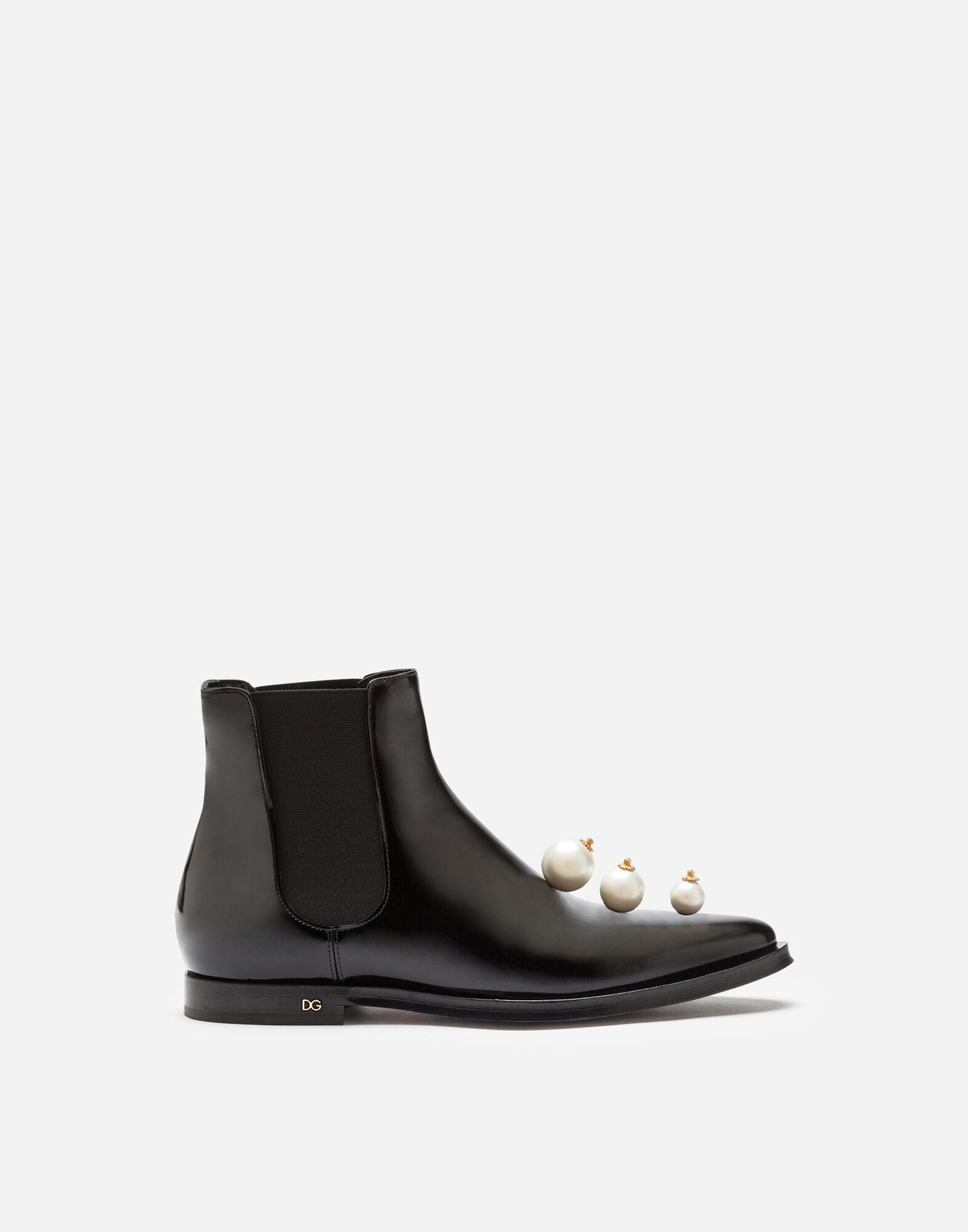 Polished calfskin chelsea boots with pearl embroidery