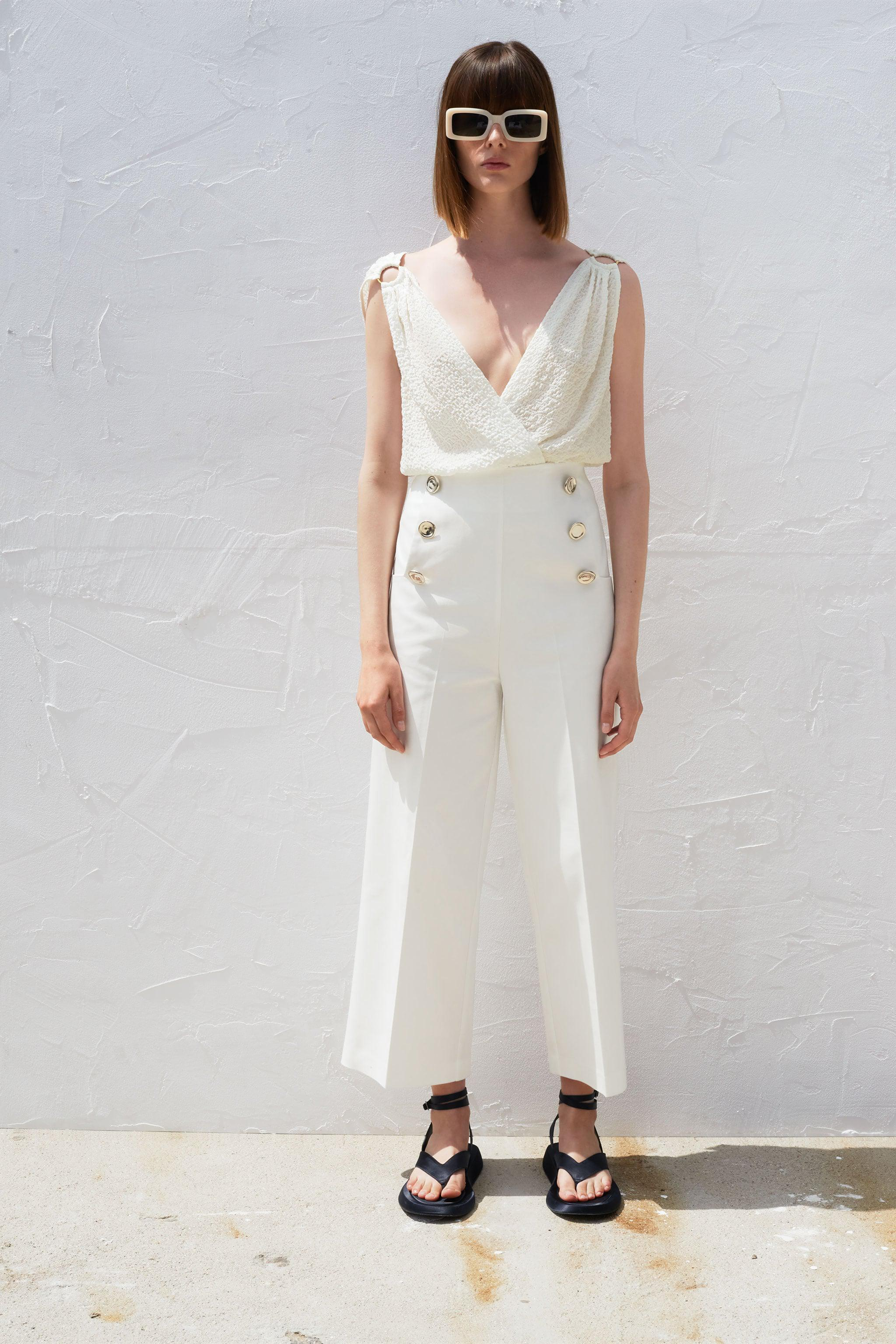 CULOTTES WITH GOLDEN BUTTONS