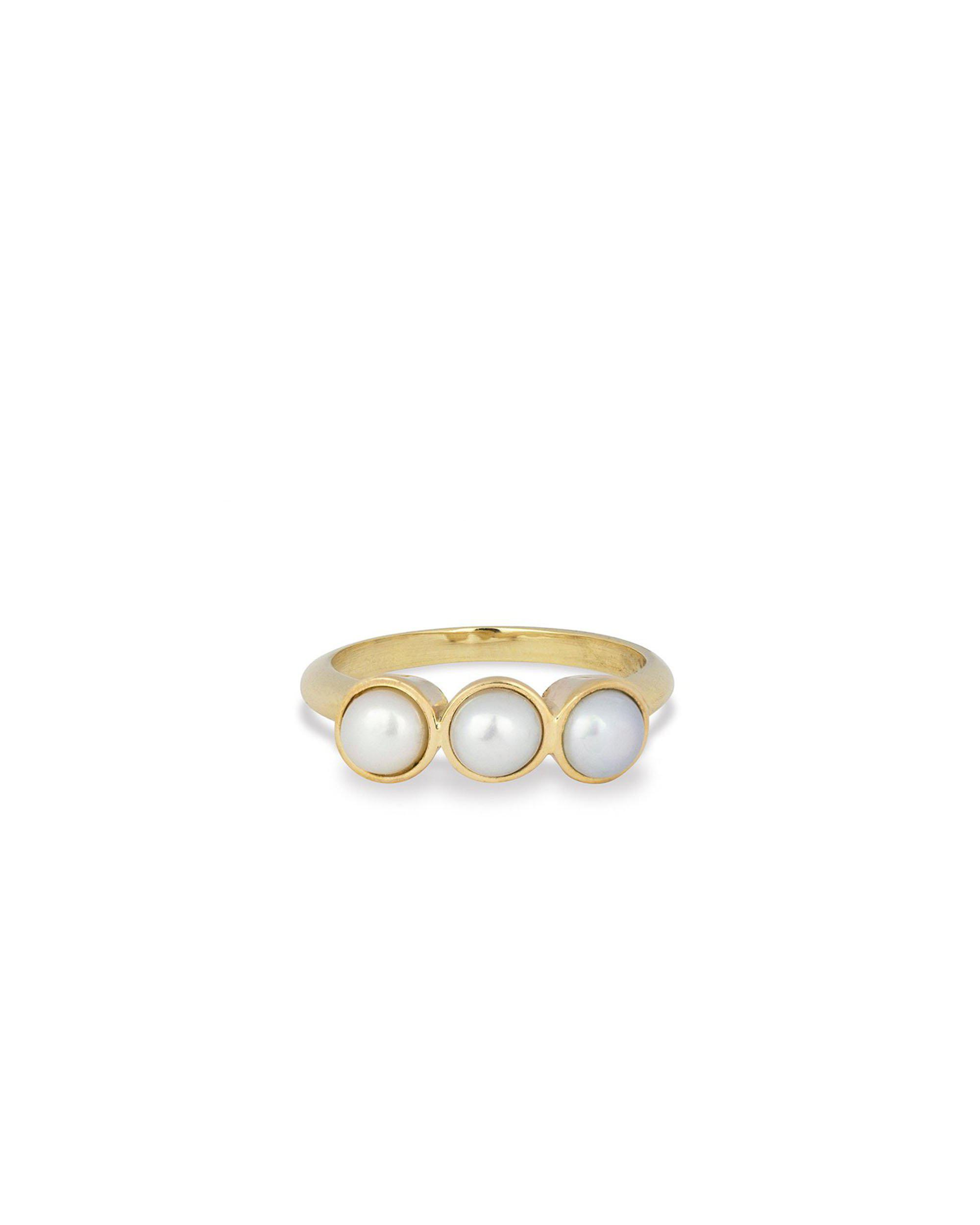 Tres Pearl Ring
