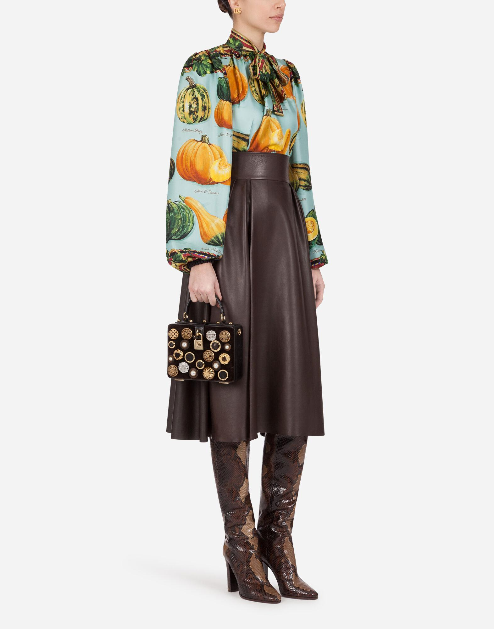 Twill blouse with pumpkin print 3