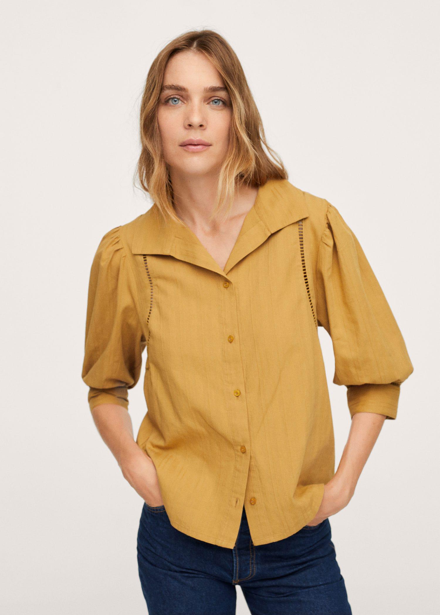 Puffed sleeves cotton blouse