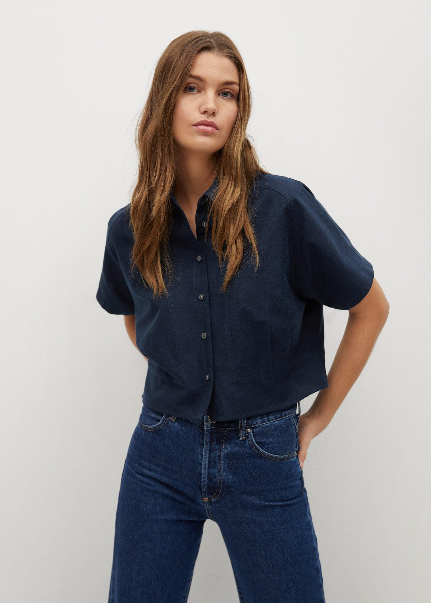 Pleated cropped shirt
