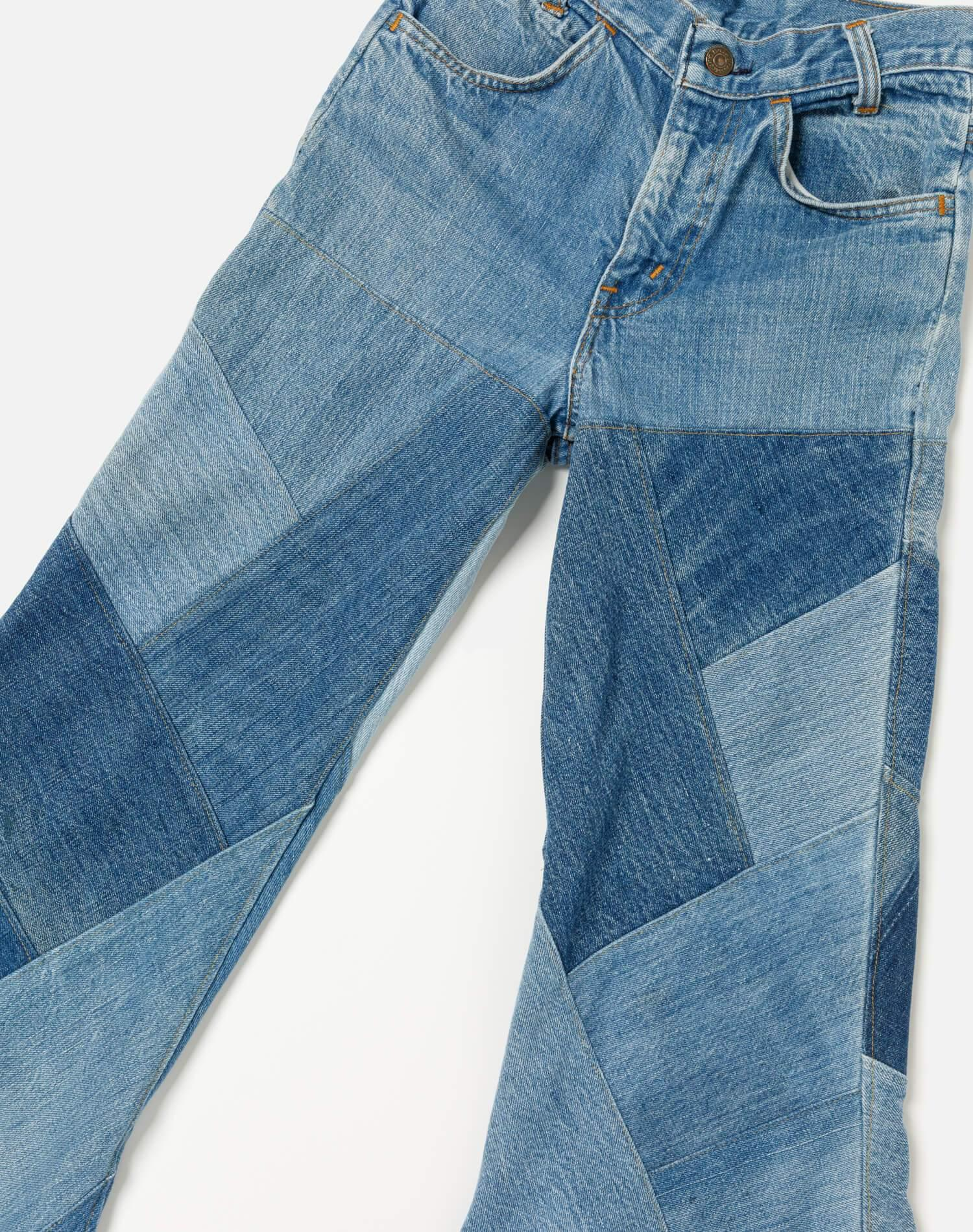 70s Vintage Levi's Mid Rise Bell Bottom Size 25 - #218 2