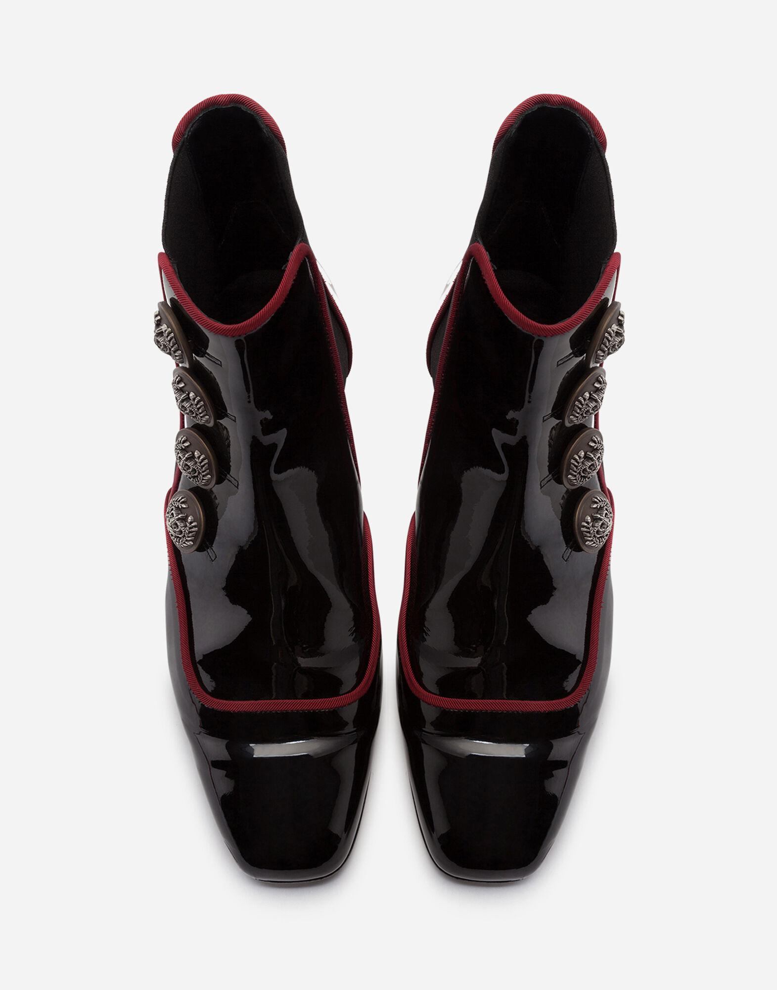 Patent leather chelsea boots with buttons 3