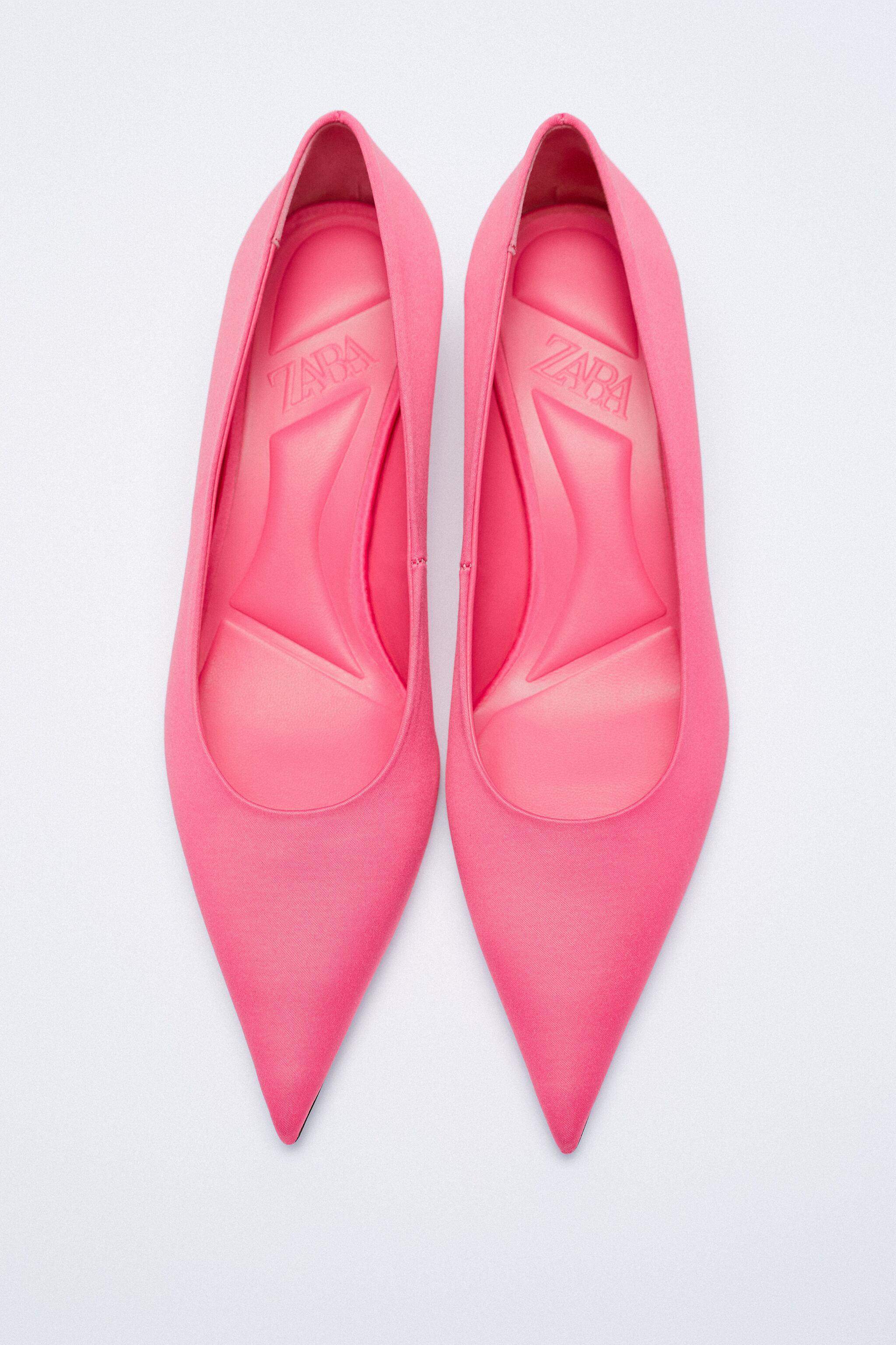 SATIN EFFECT POINTED TOE HEELS 9